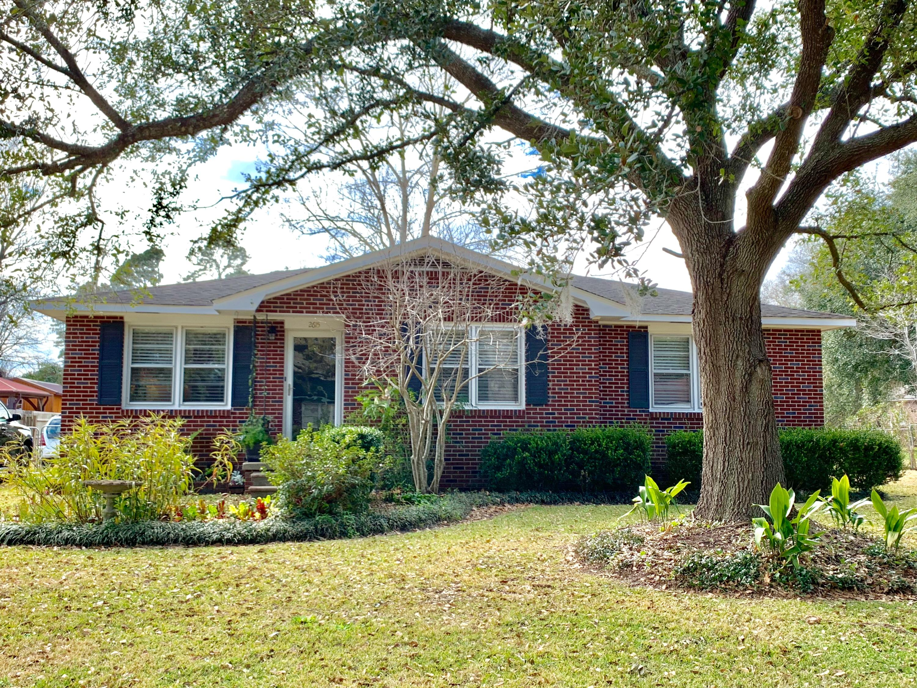 2615 Ridgewood Avenue Charleston, SC 29414