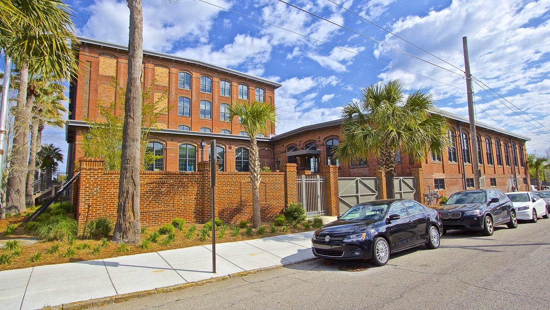 28 (& 26) Aiken Street Charleston, SC 29403