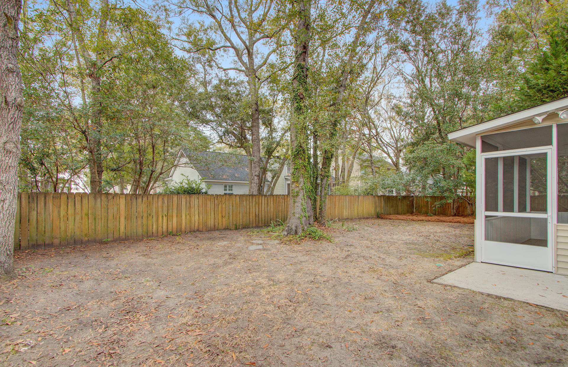1945 Oak Tree Lane Mount Pleasant, SC 29464