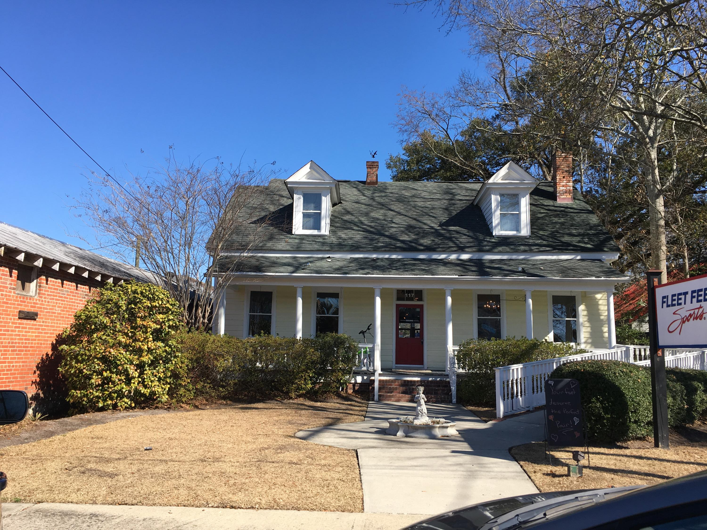 117 E Richardson Avenue Summerville, SC 29483