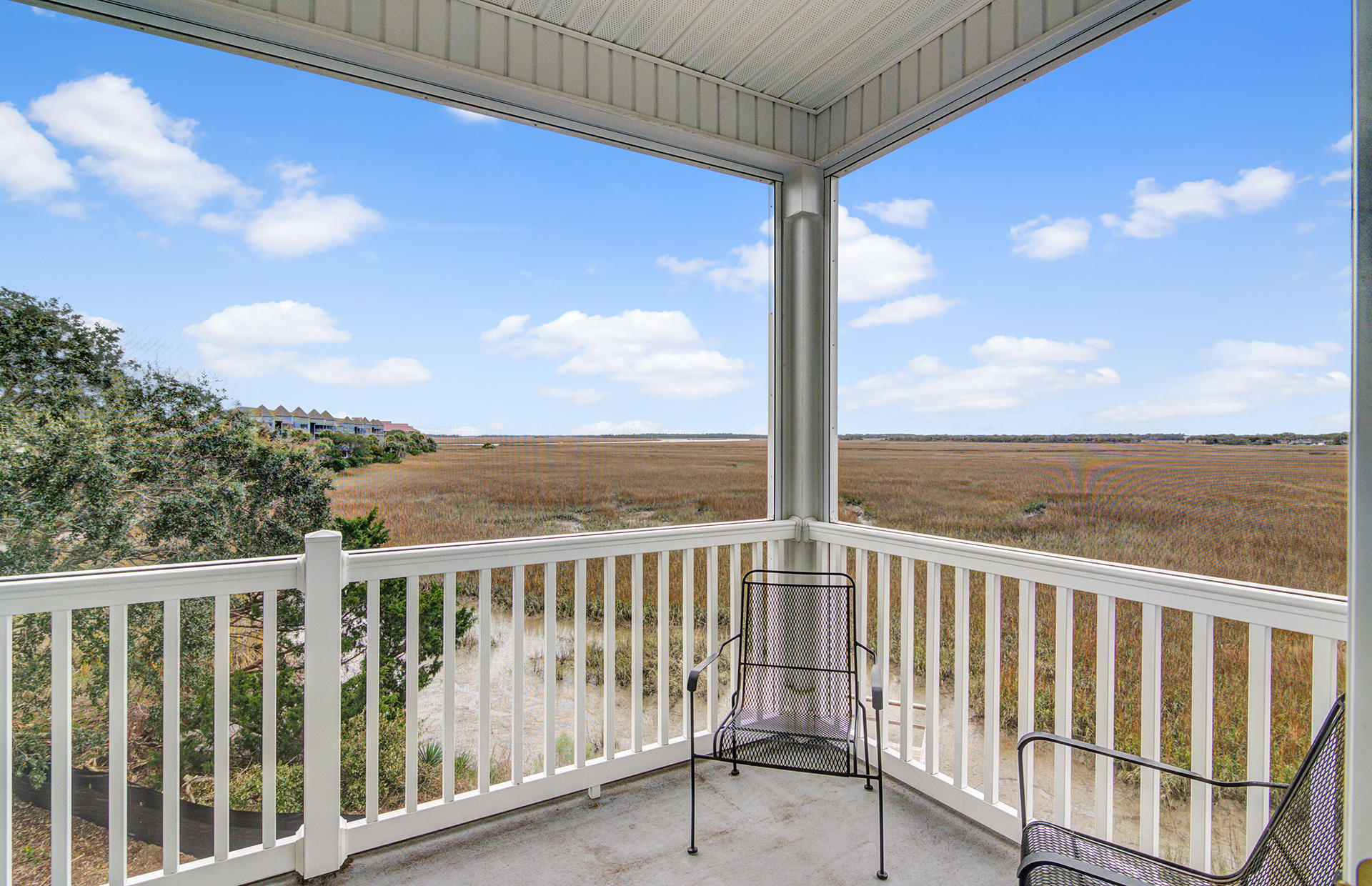 2393 Folly Road Folly Beach, SC 29439
