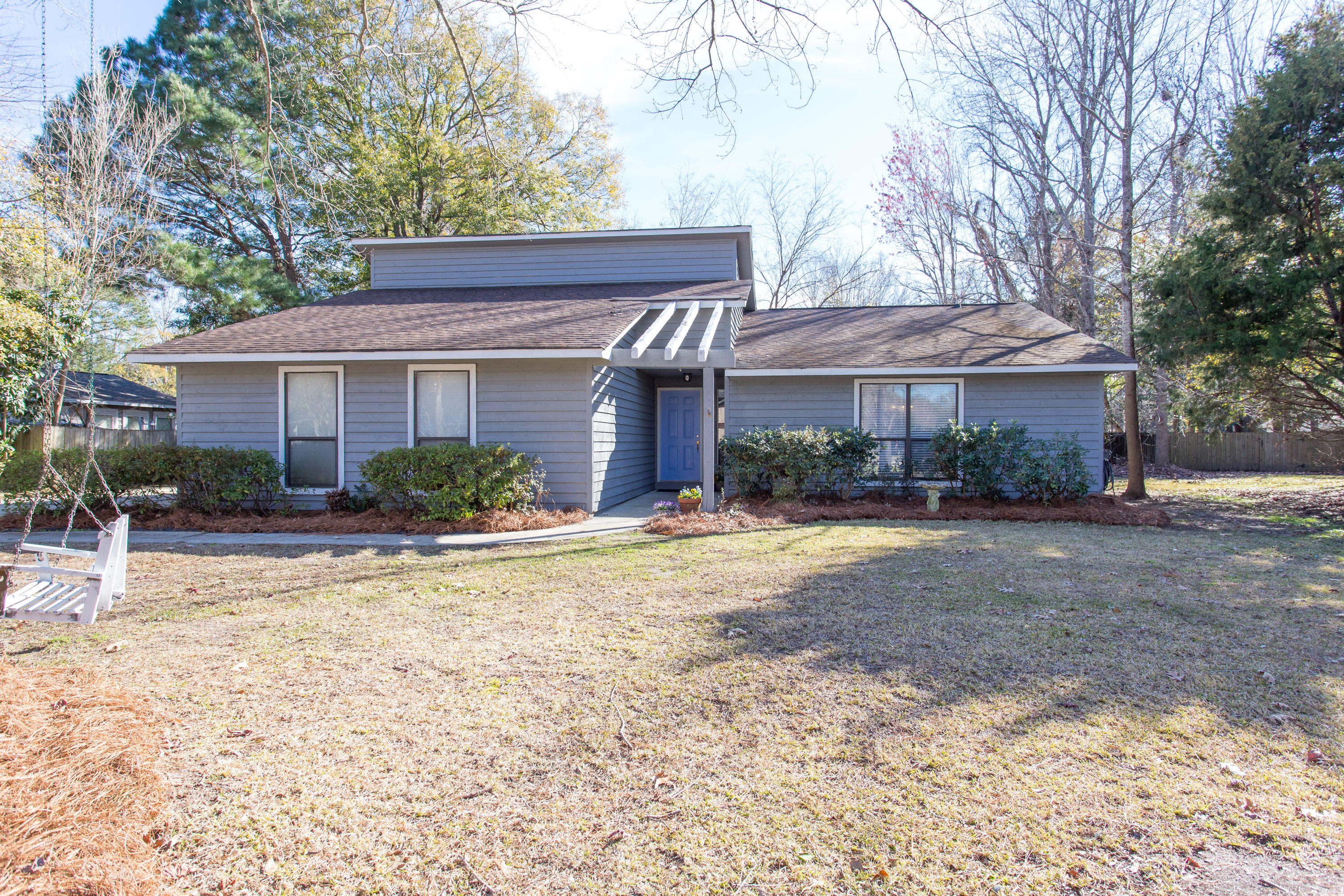513 Upland Place Mount Pleasant, SC 29464