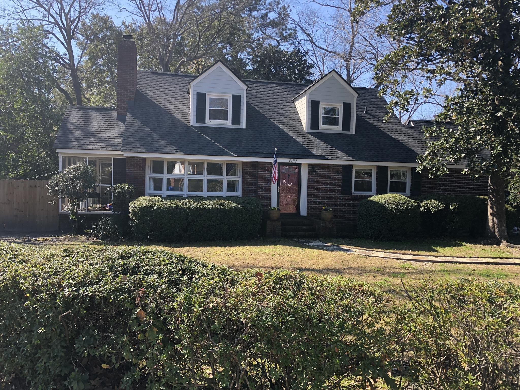679 W Oak Forest Drive Charleston, SC 29407