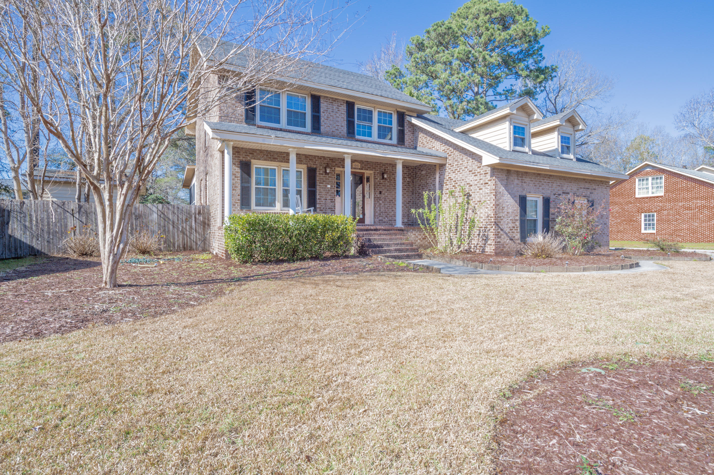 1640 Sulgrave Road Charleston, SC 29414