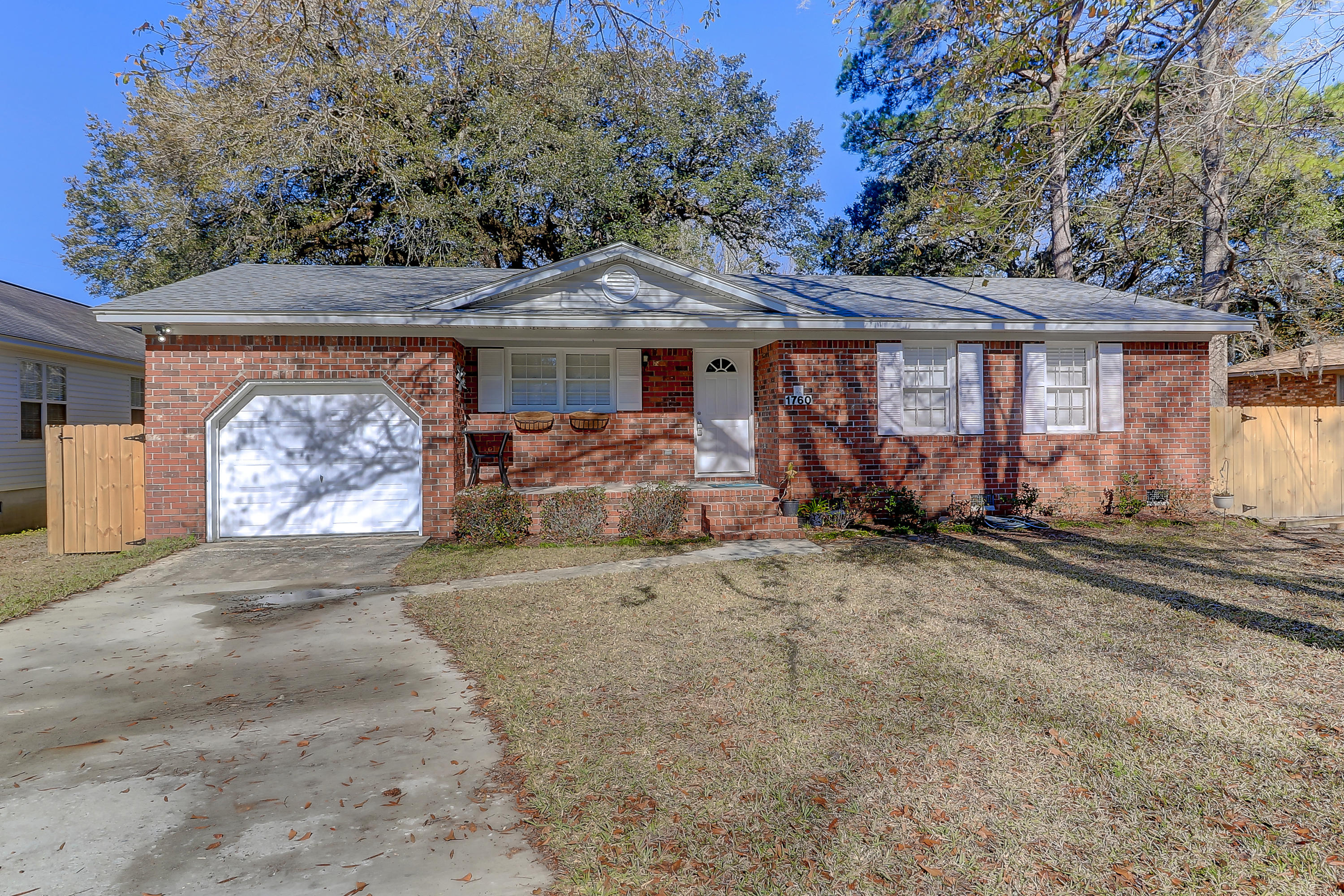 1760 Dogwood Road Charleston, SC 29414