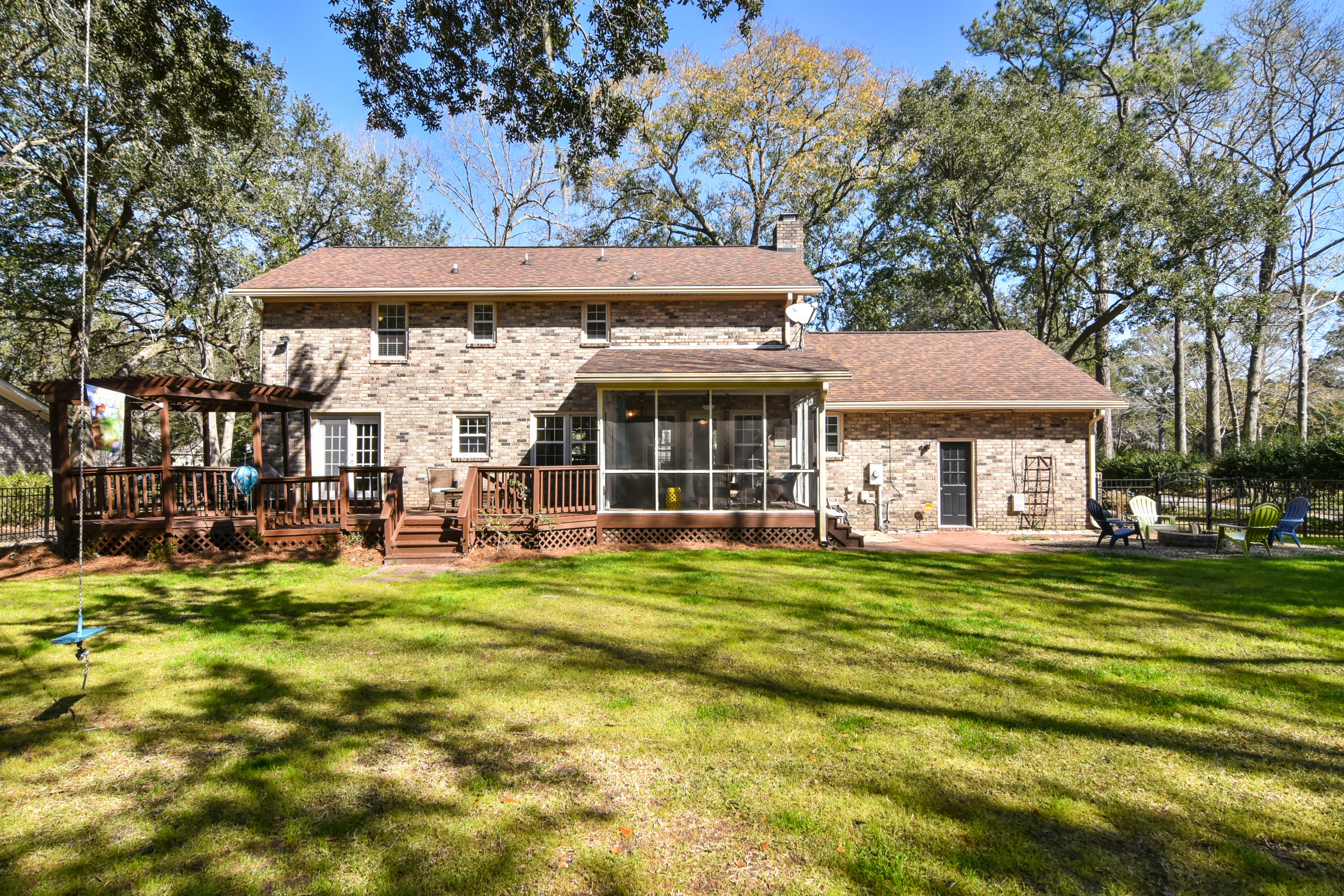 21 Hunters Forest Drive Charleston, SC 29414