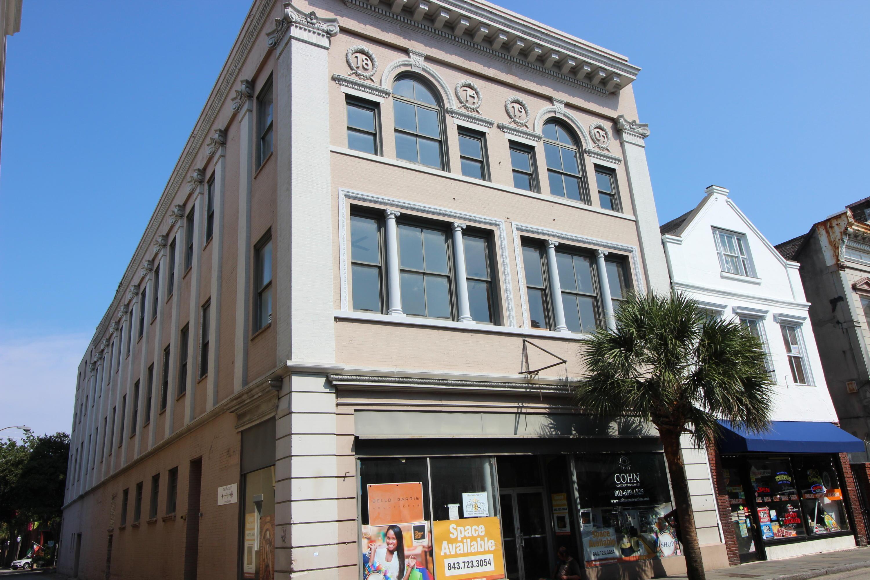 360 King Street Charleston, SC 29401