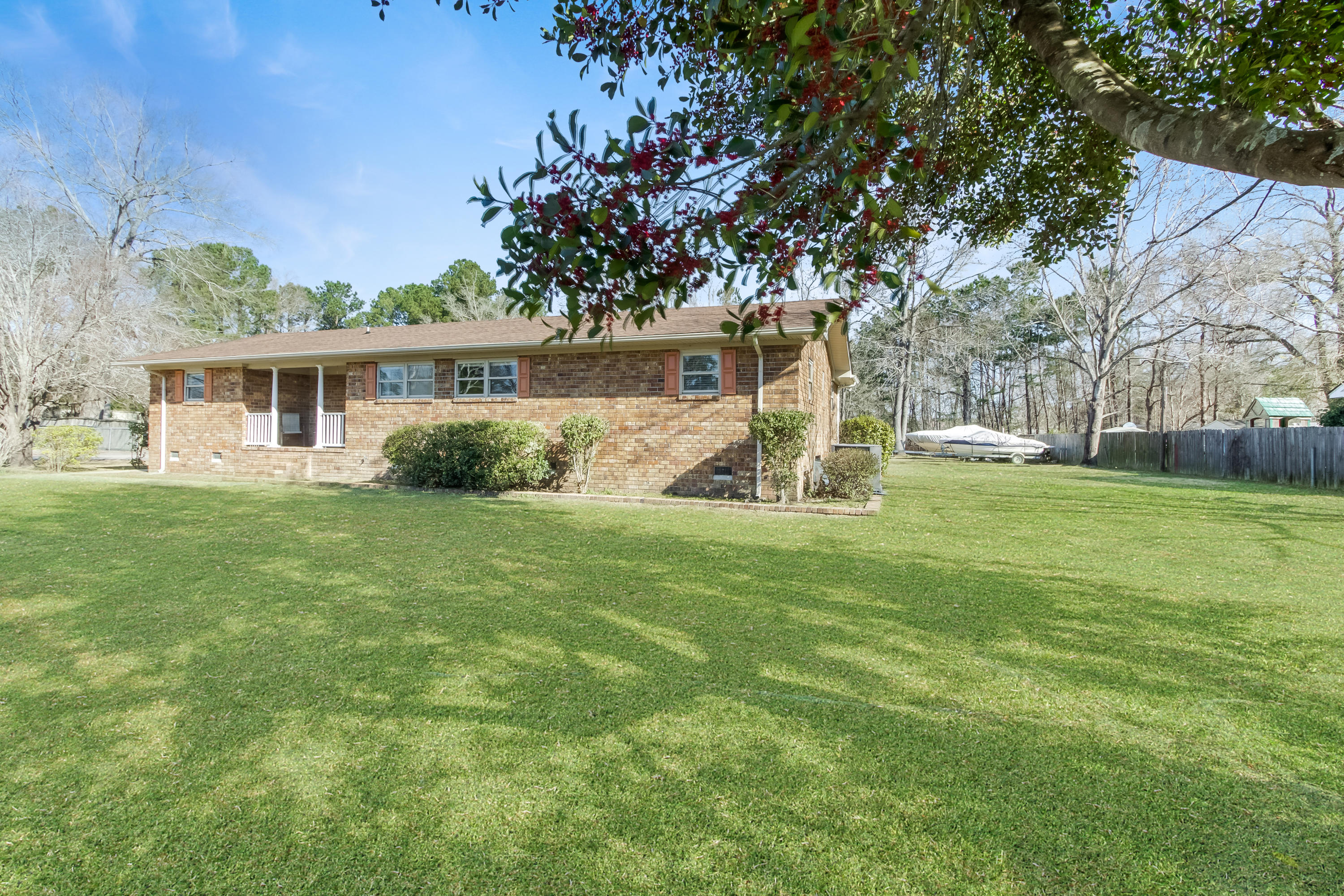 107 Berkeley Farms Road Summerville, SC 29486