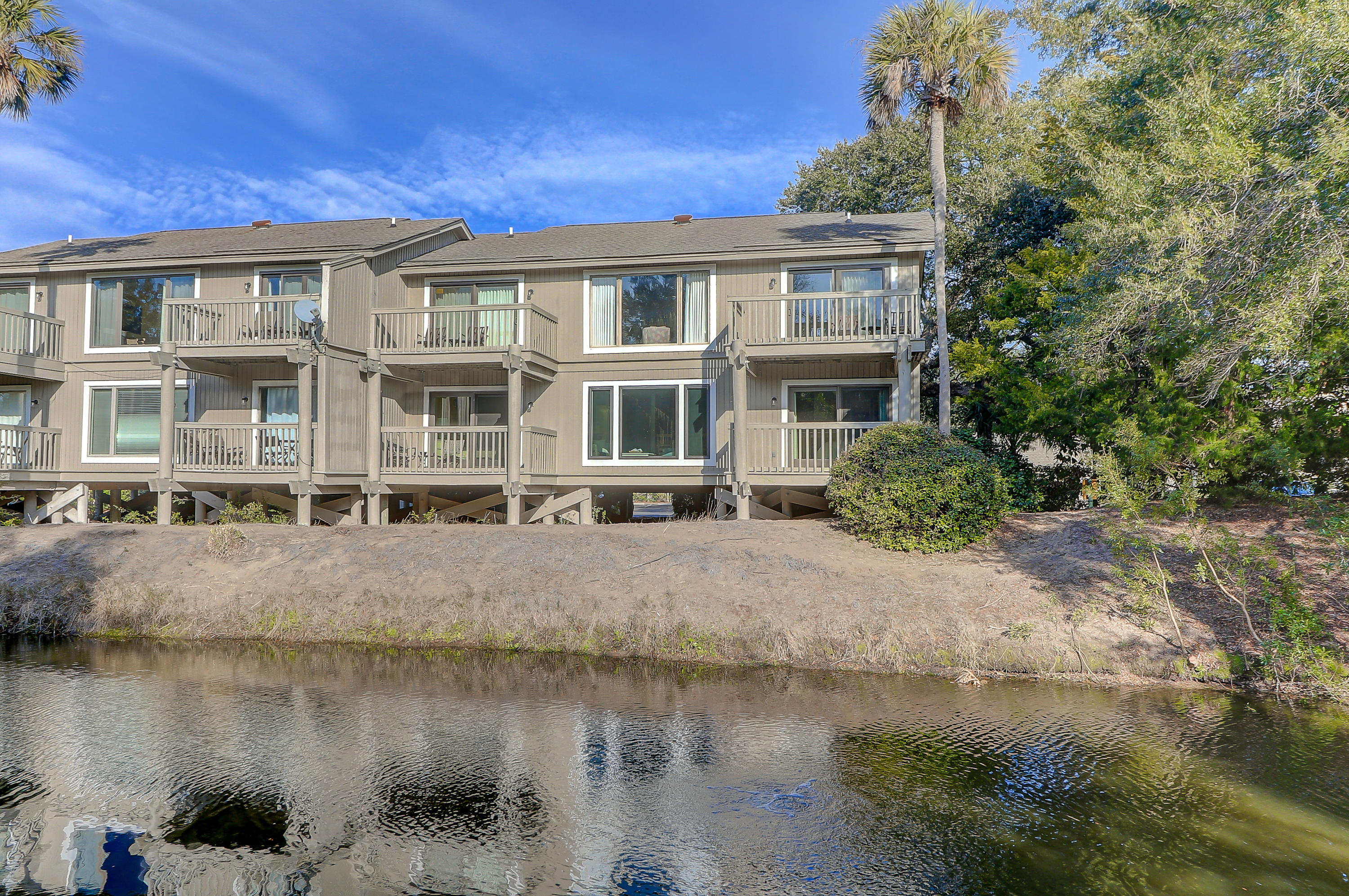 31 Lagoon Villas Isle Of Palms, Sc 29451