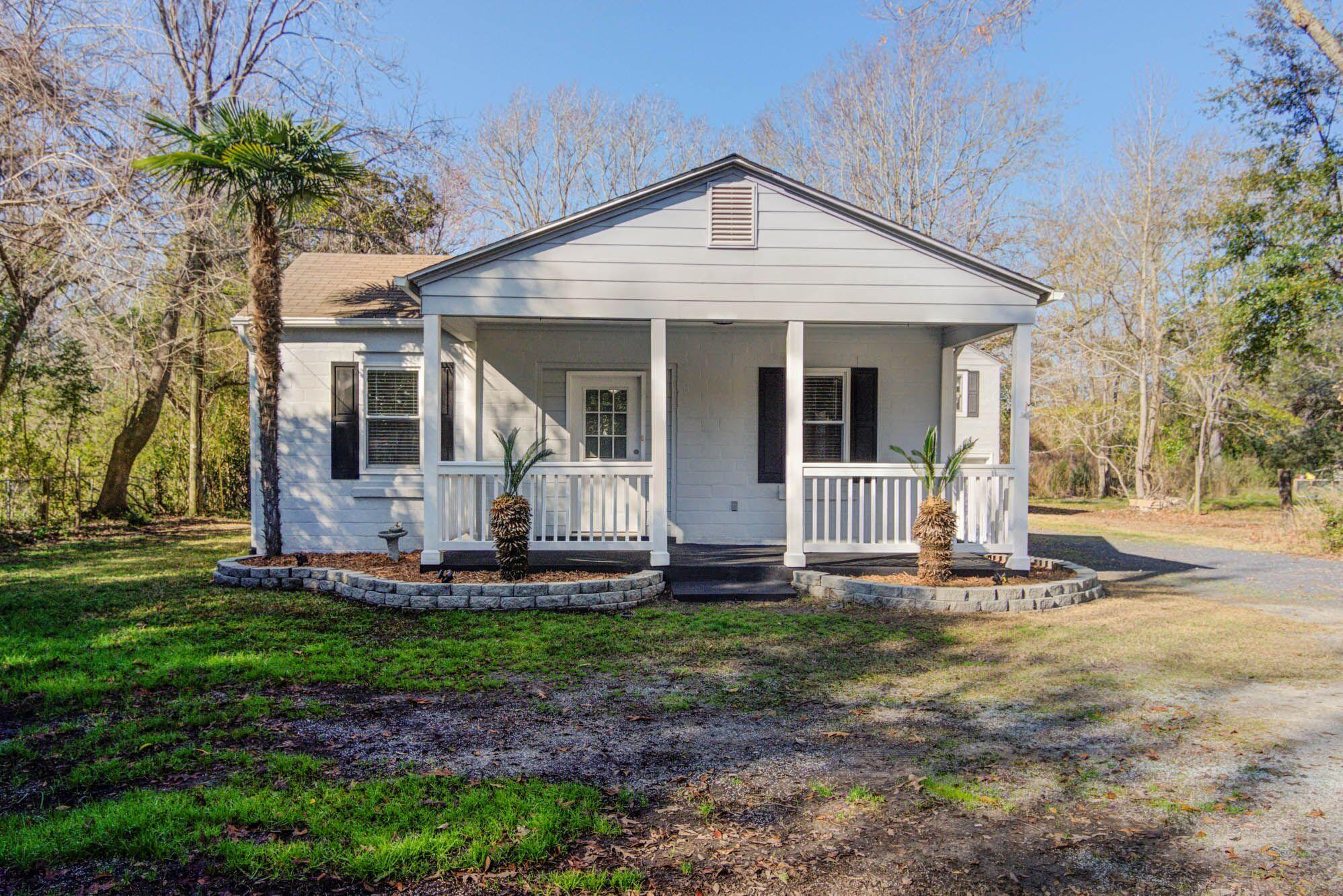 303 Woodland Shores Road Charleston, SC 29412