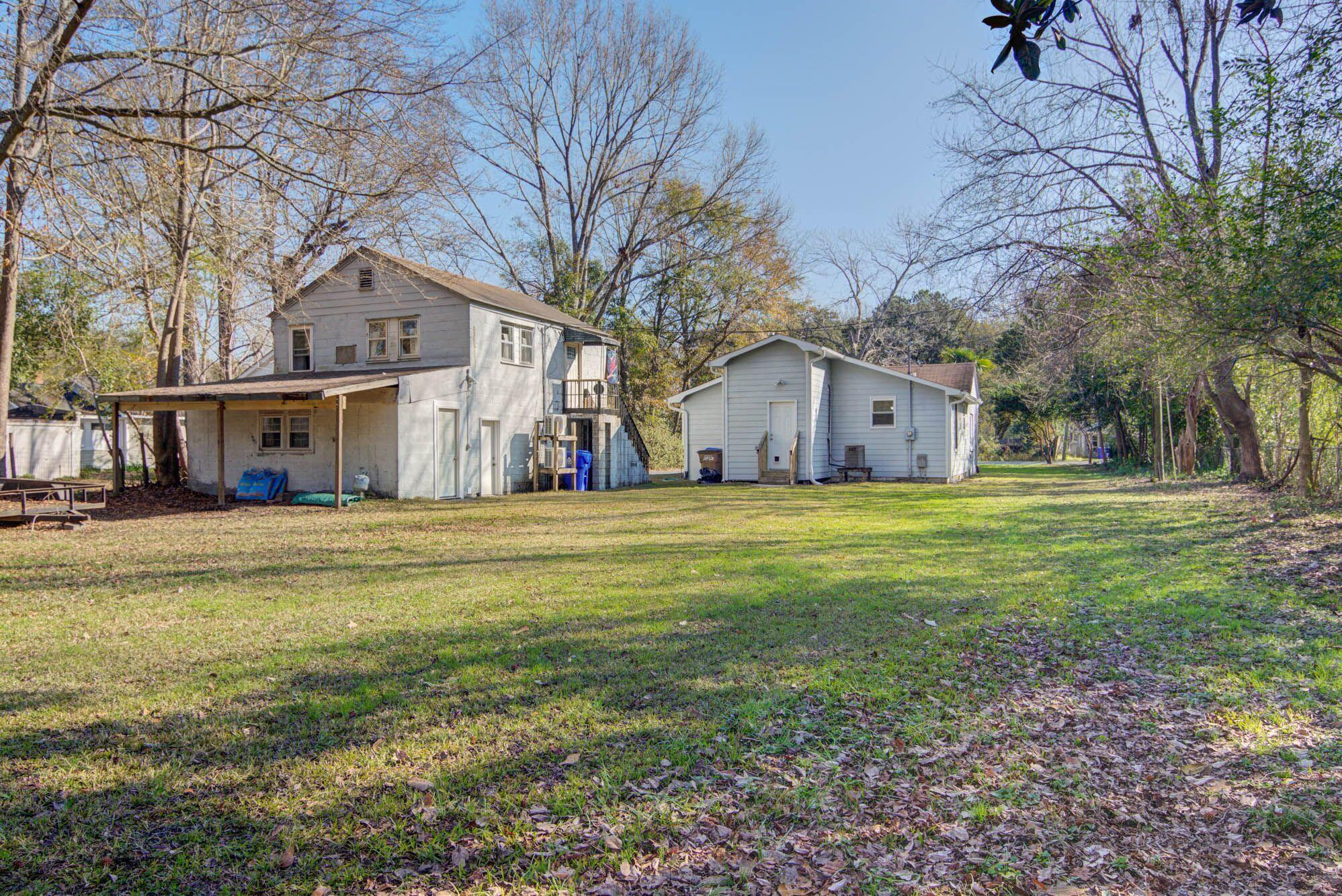 303 Woodland Shores Road Charleston, SC 29412