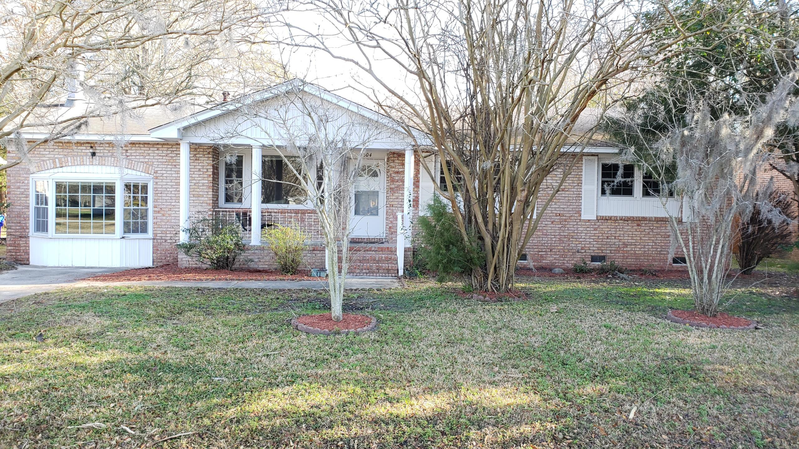 5304 Holden Street North Charleston, SC 29418