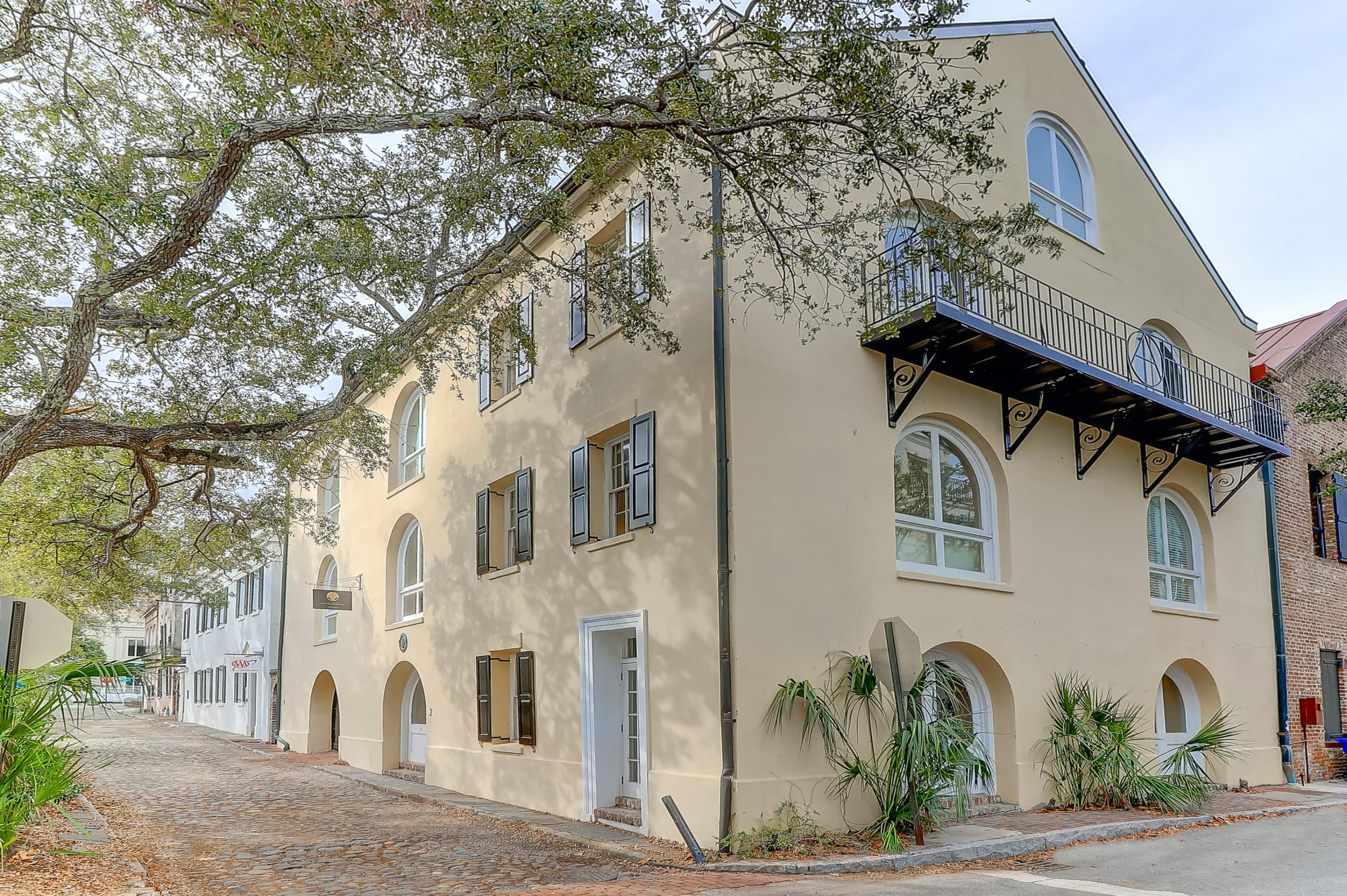2 1/2 Gillon Street Charleston, SC 29401