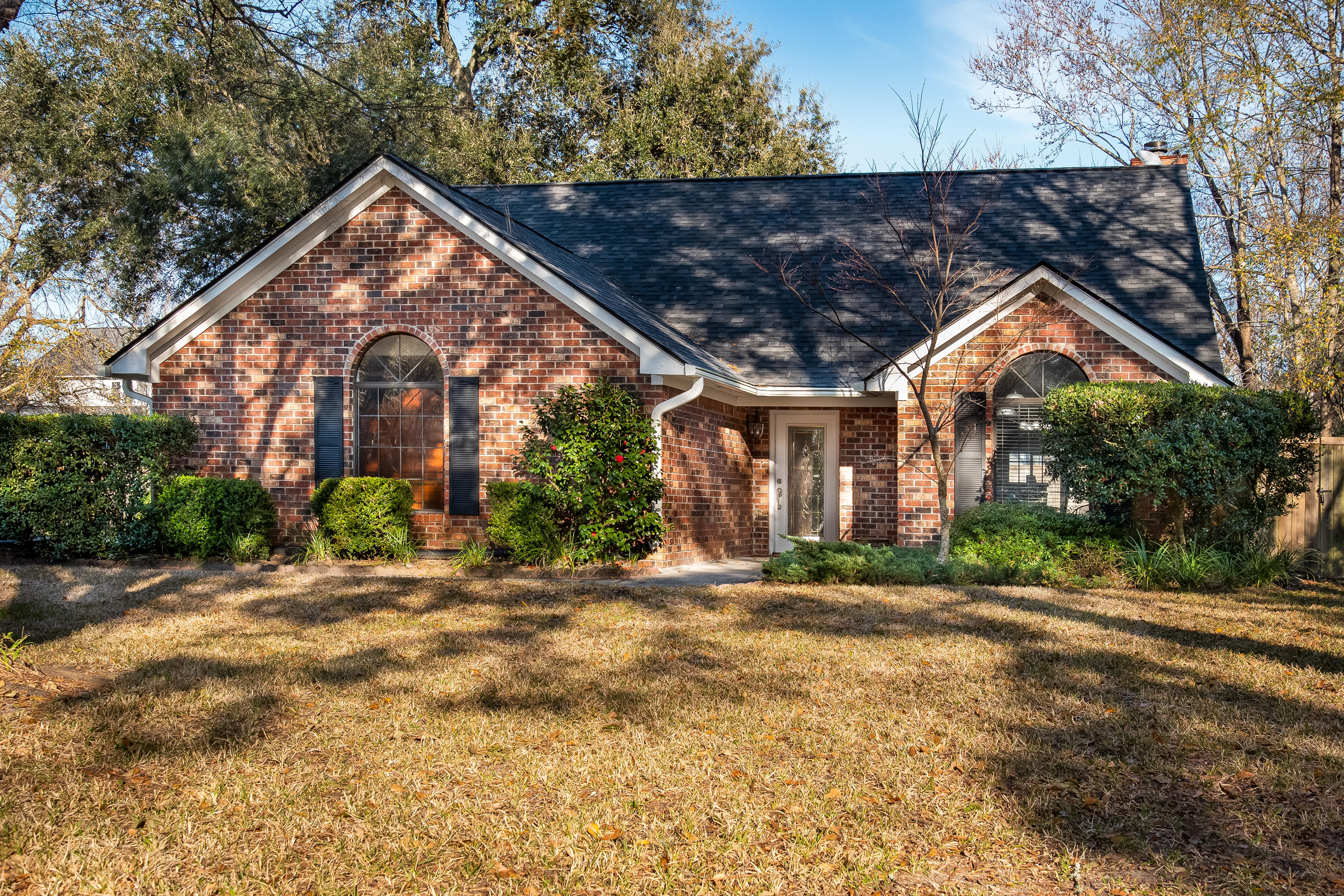 462 Mount Royall Drive Mount Pleasant, SC 29464