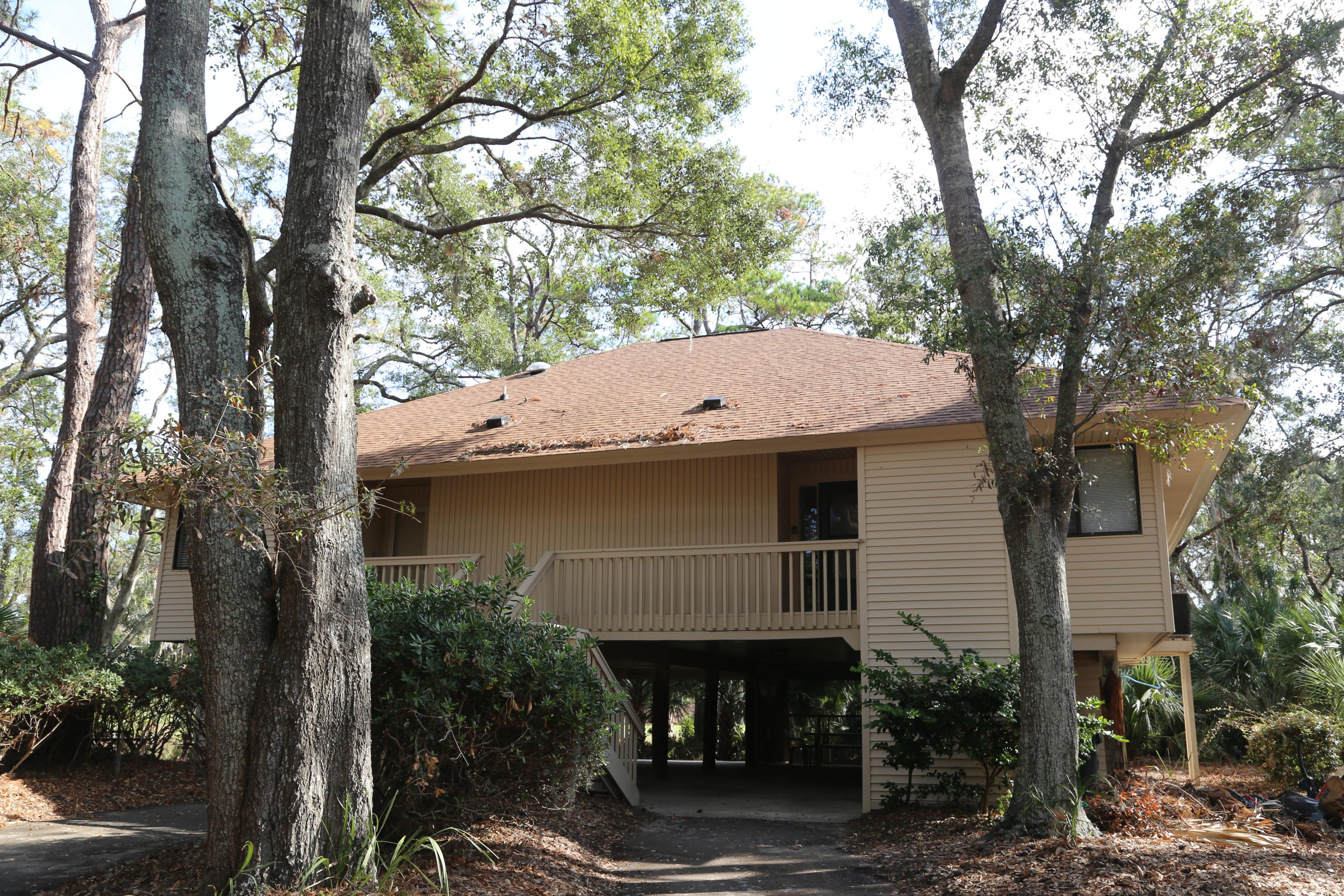 829 Club Cottage Road Edisto Beach, SC 29438