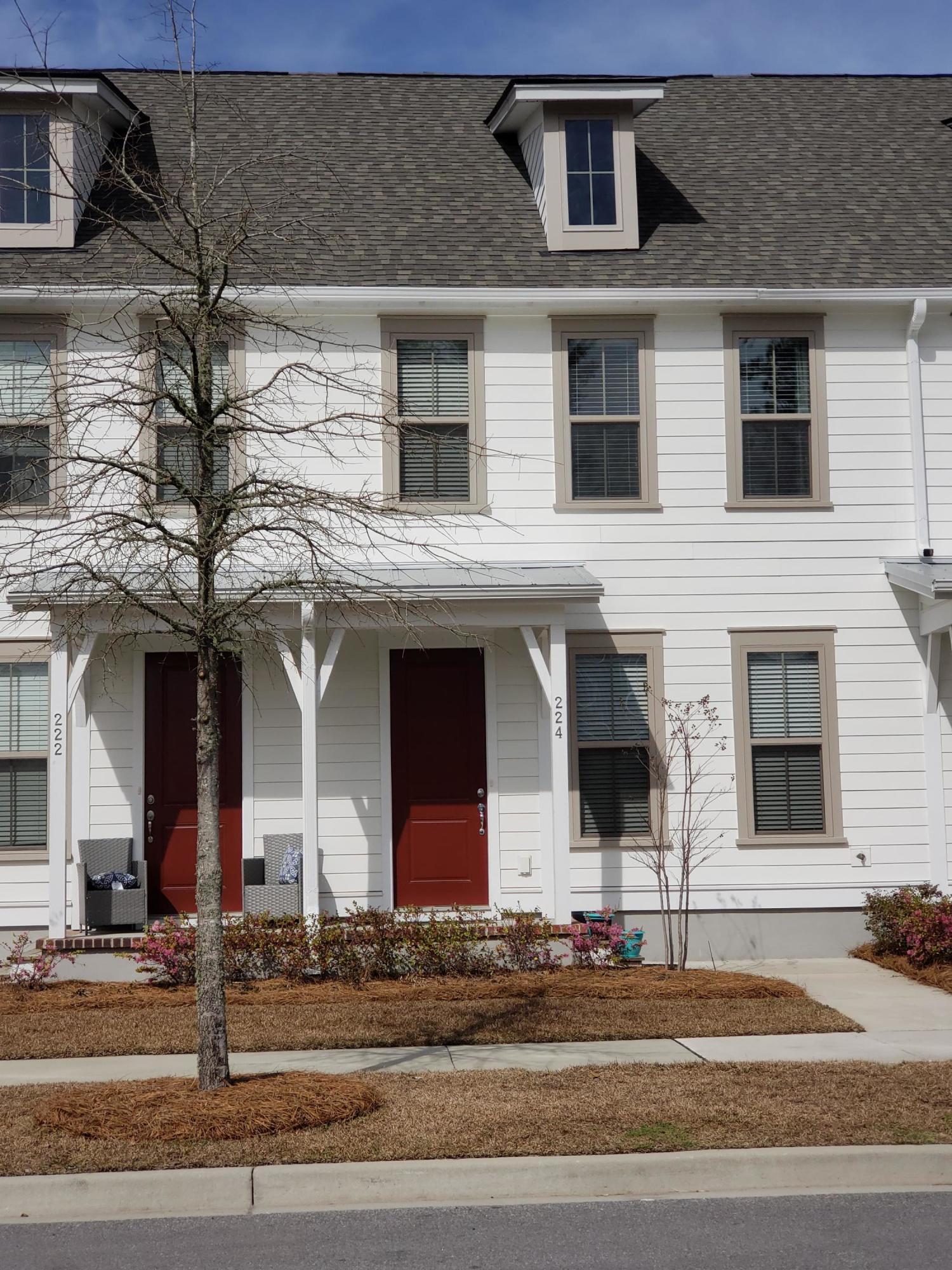224 Oak Park Street Summerville, SC 29486