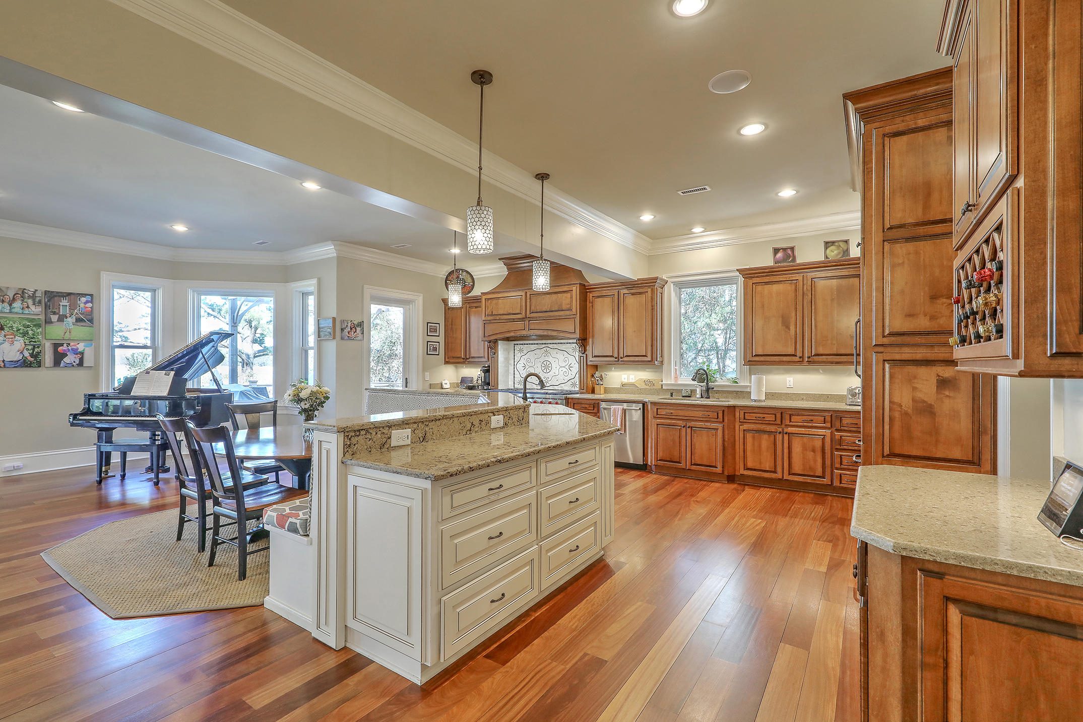 Riverland Terrace Homes For Sale - 2044 Wappoo Hall, Charleston, SC - 45