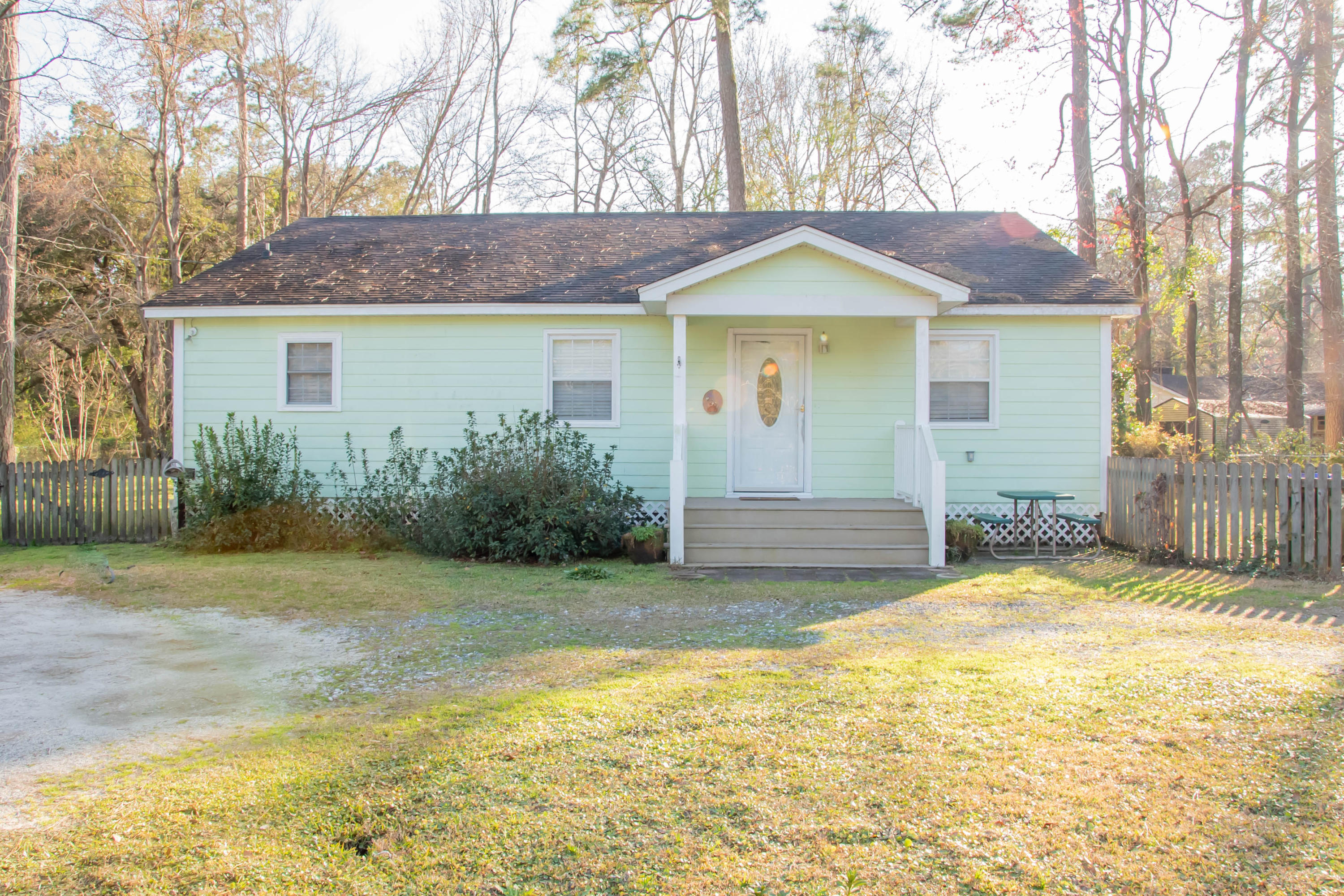 402 Golf Road Summerville, SC 29483