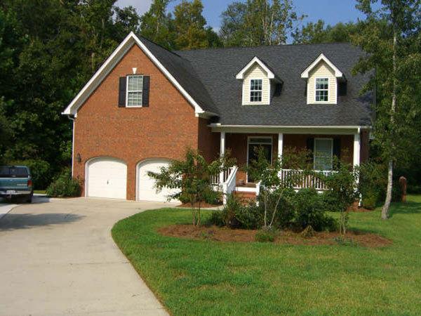 8631 Woodland Walk North Charleston, SC 29420