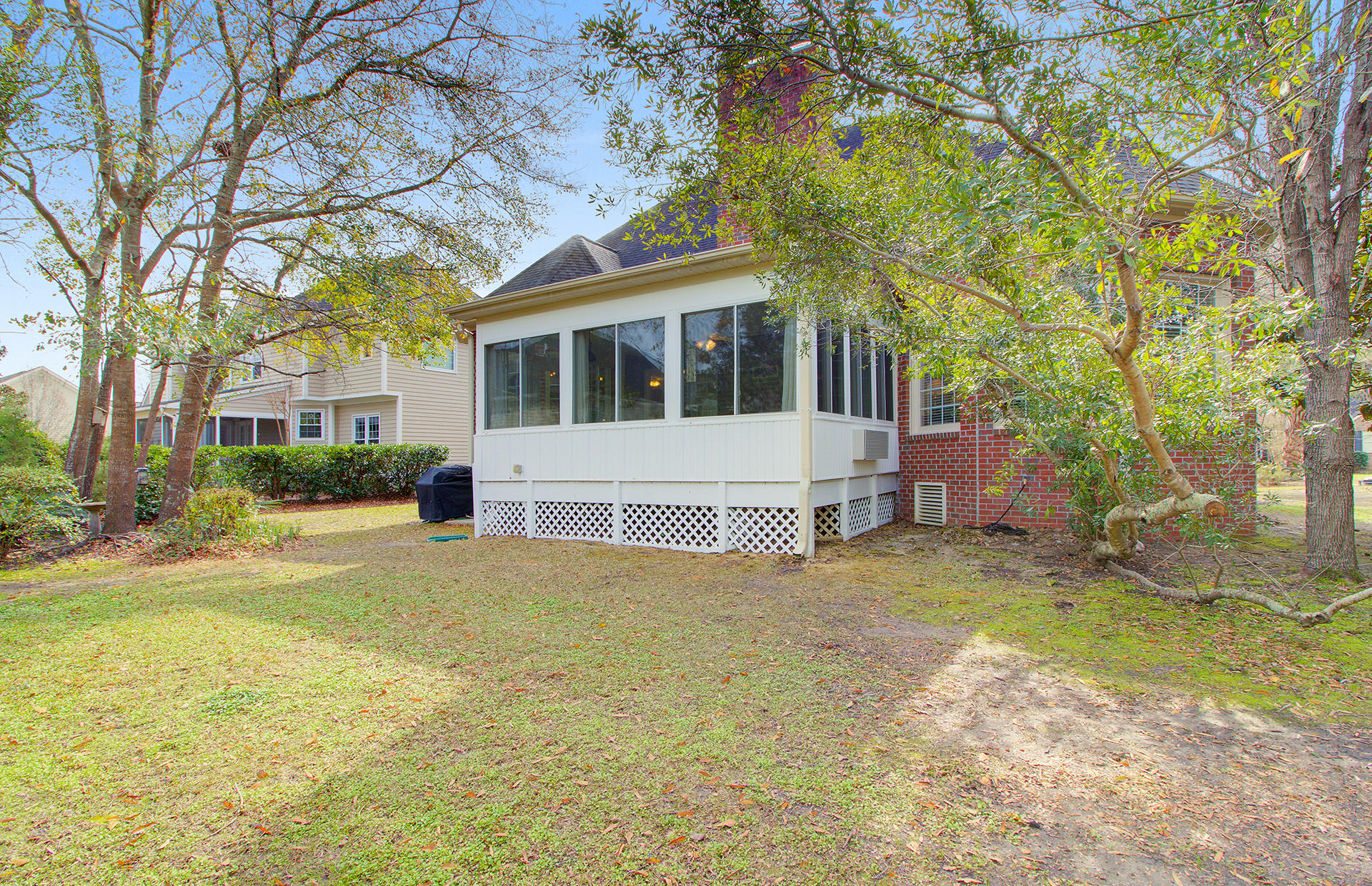 2715 Waterpointe Circle Mount Pleasant, SC 29466