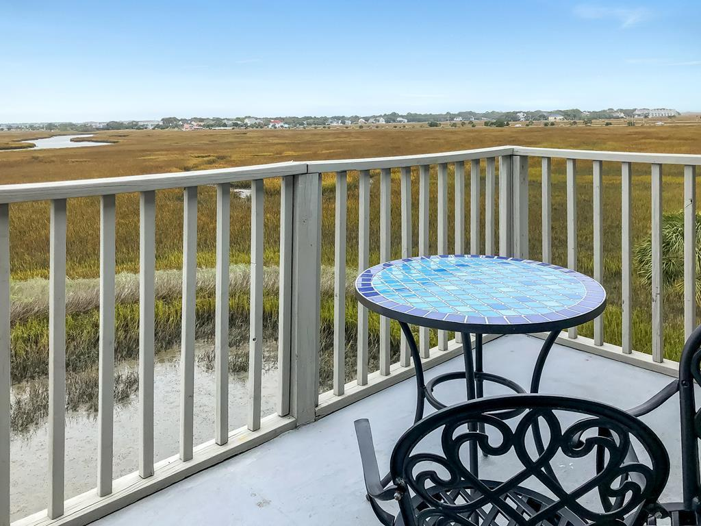 Mariners Cay Homes For Sale - 117 Mariners Cay, Folly Beach, SC - 21