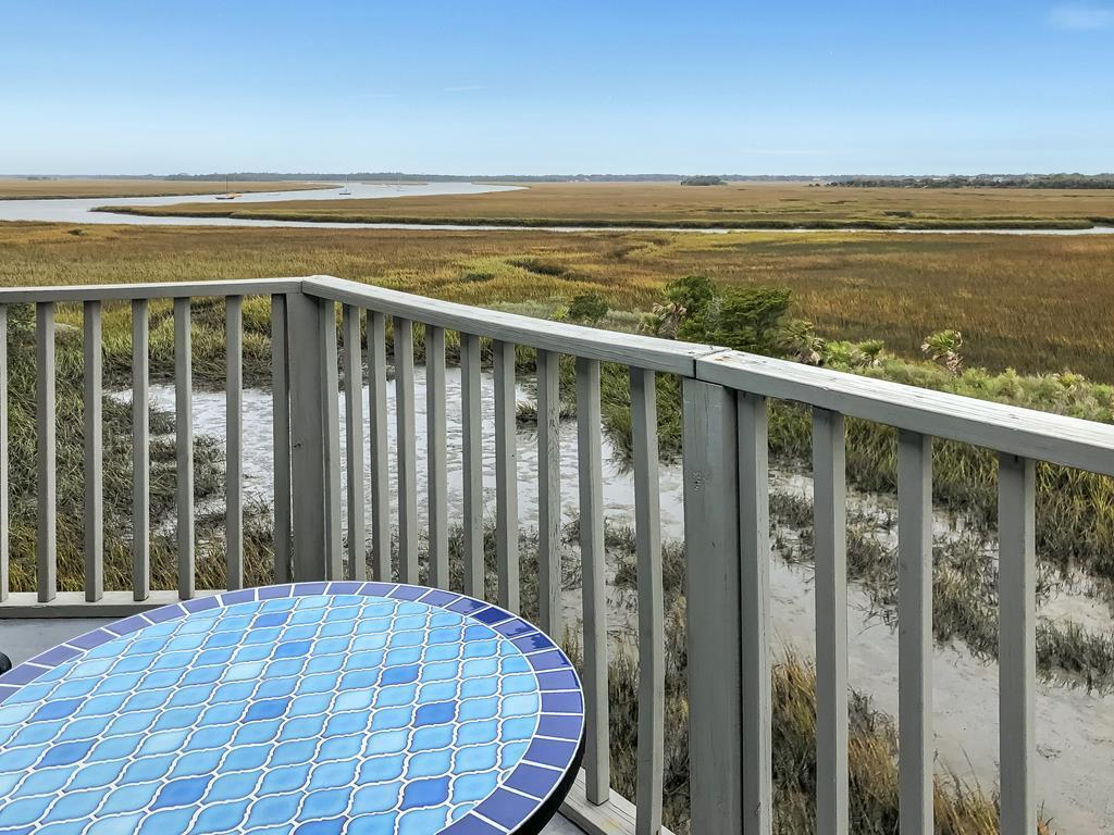 117 Mariners Cay Drive Folly Beach, SC 29439
