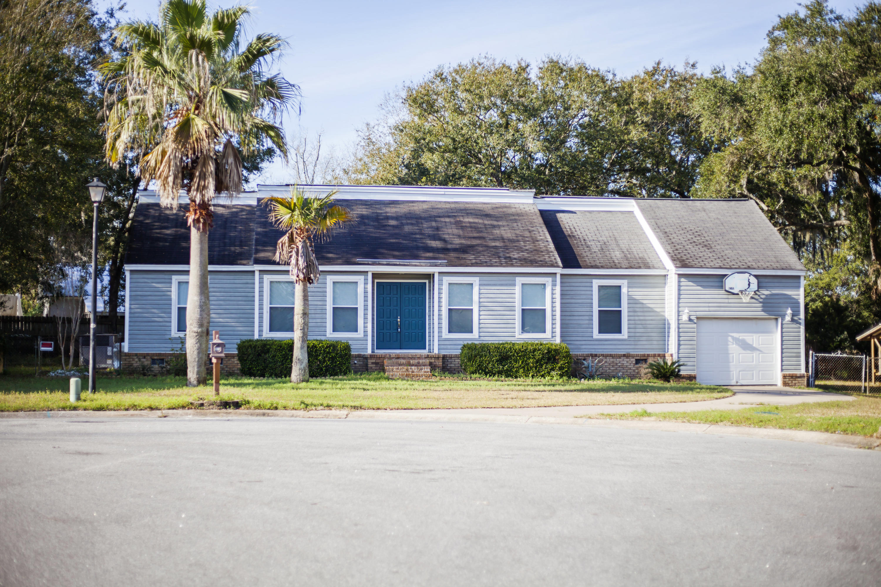 1101 Kilarney Road Mount Pleasant, SC 29464