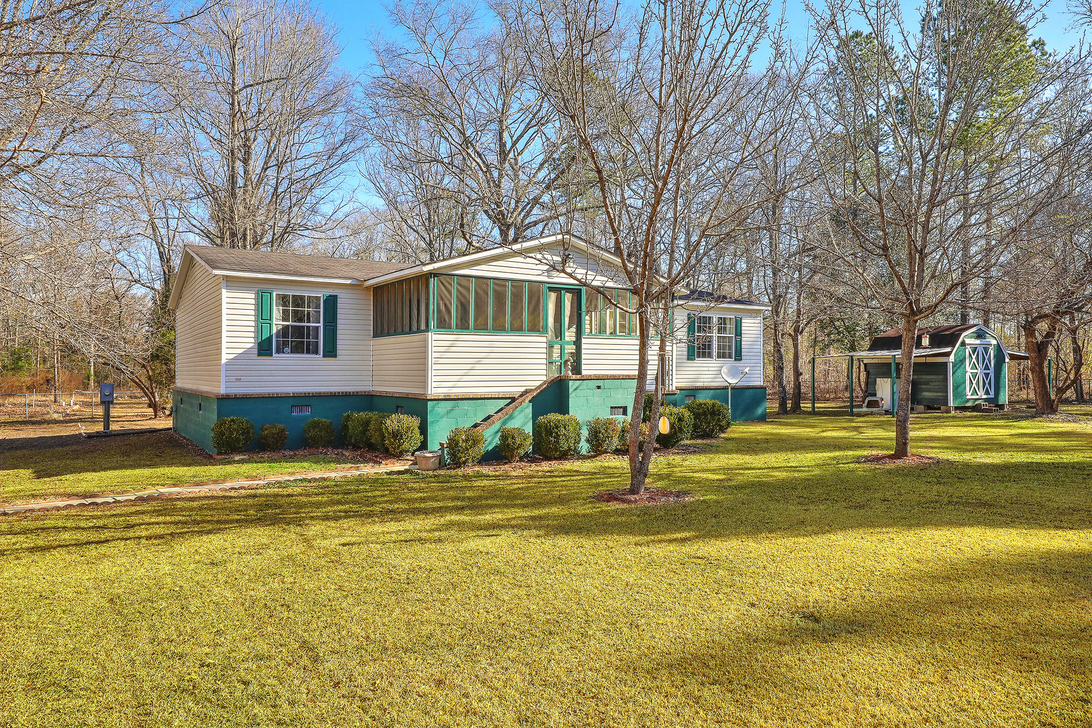 1065 Millwood Loop Jamestown, SC 29453