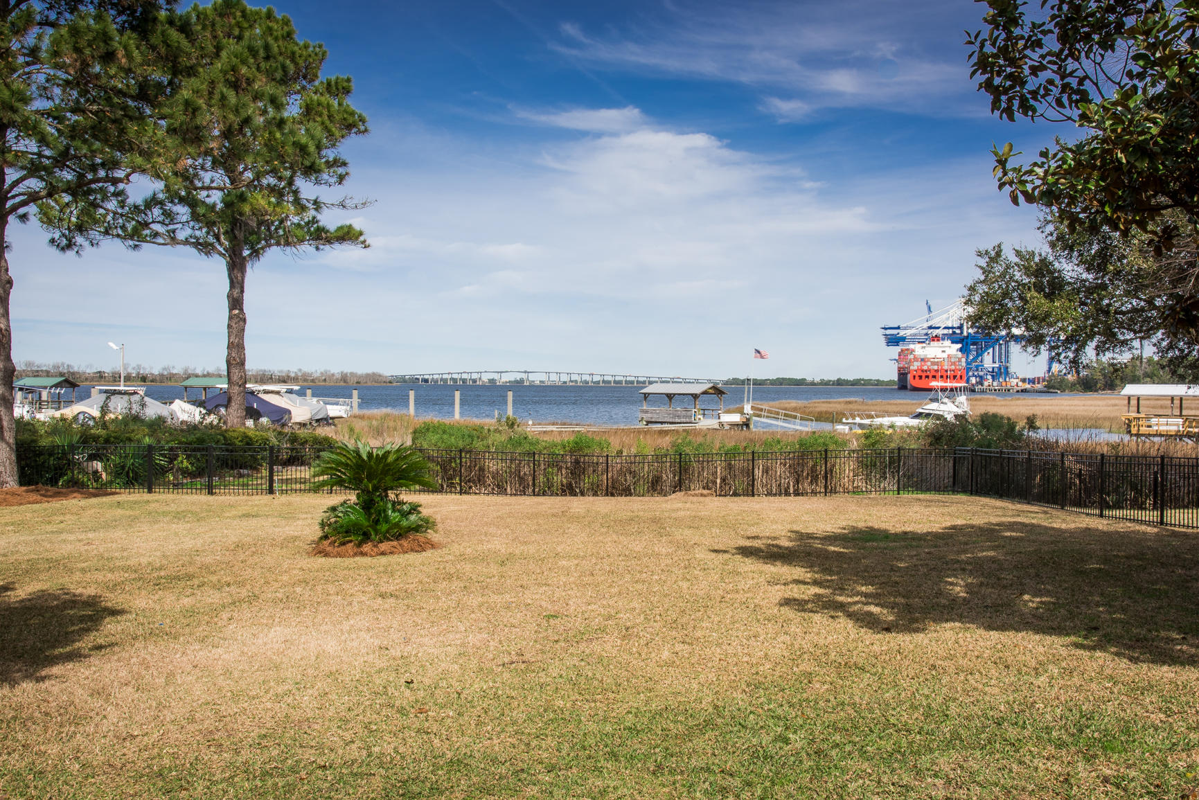 178 Hobcaw Drive Mount Pleasant, SC 29464