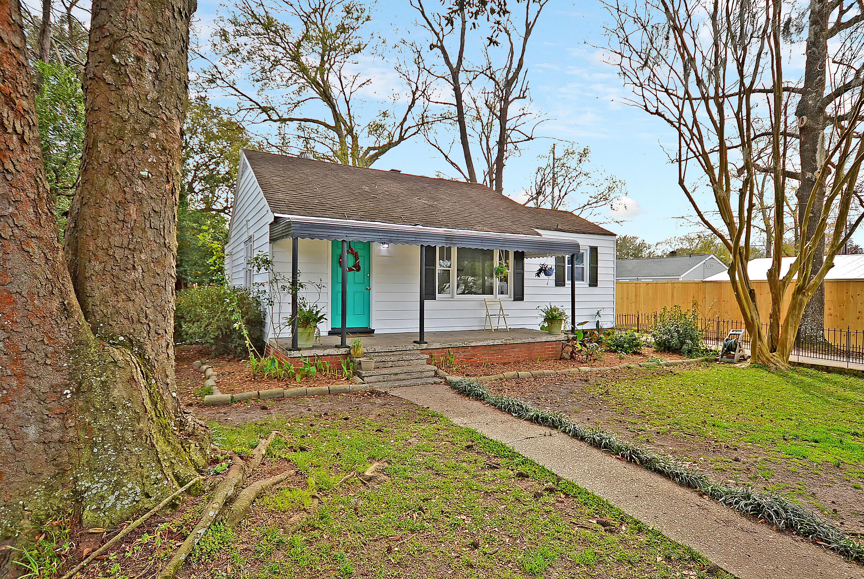 1191 Sherwood Street North Charleston, SC 29405