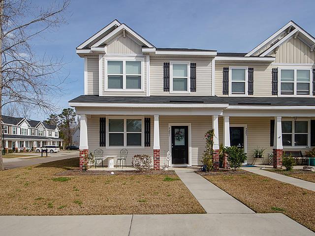 9201 Southern Oak Lane Ladson, SC 29456