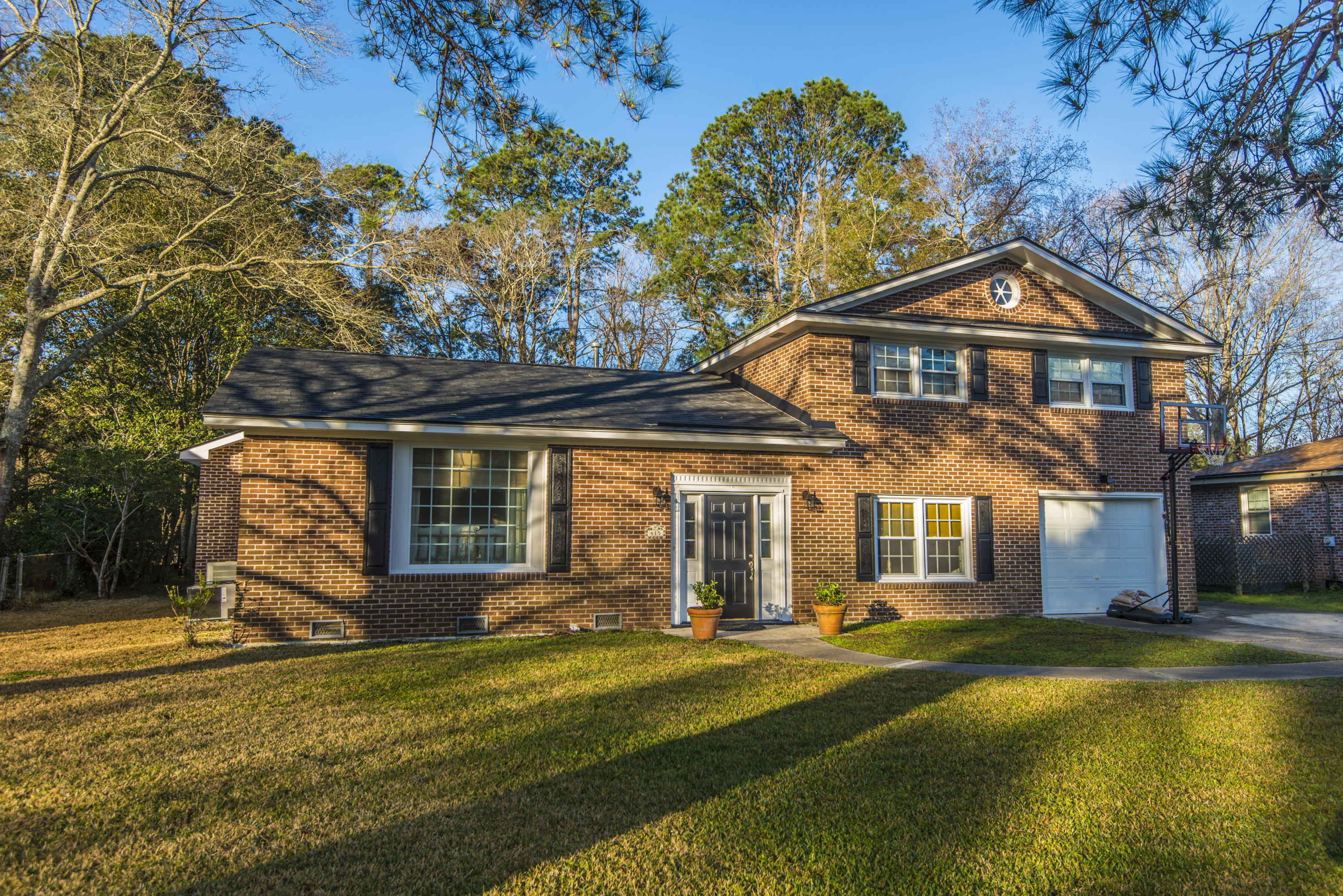 415 Rotherwood Drive Charleston, SC 29407