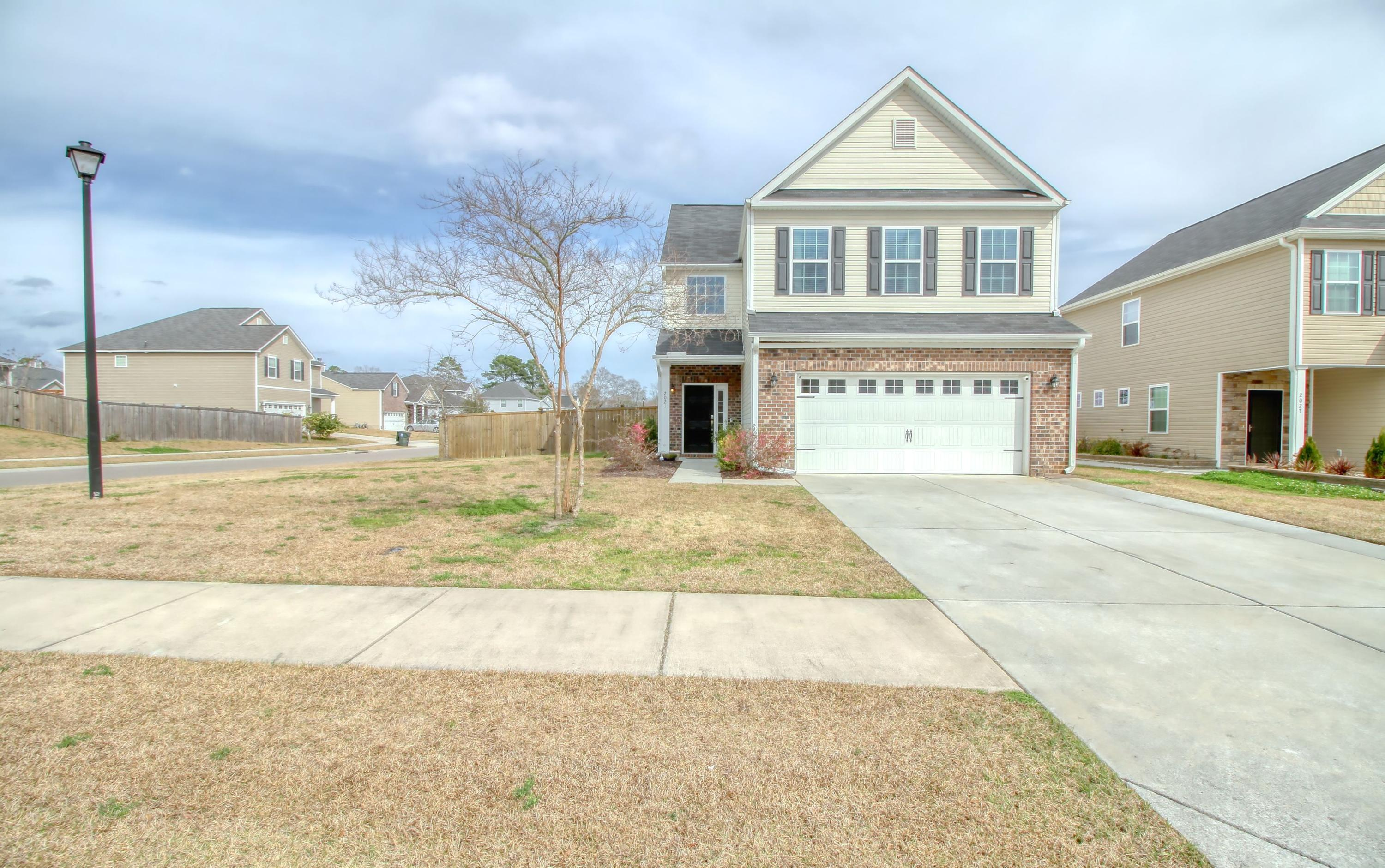 2021 Hunters Bend Trail Ladson, SC 29456