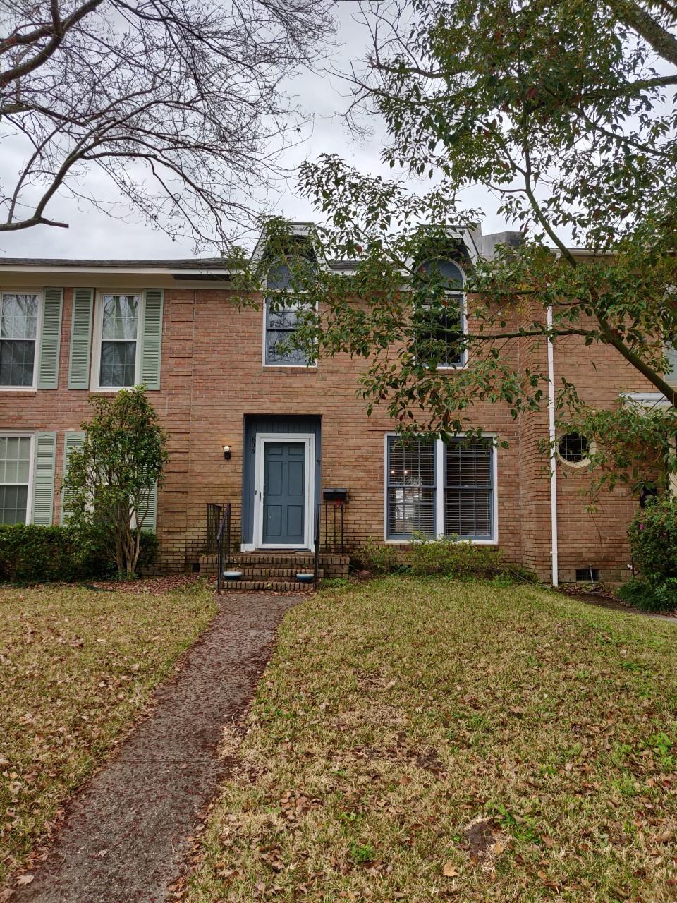 608 Bonneau Lane Mount Pleasant, SC 29464