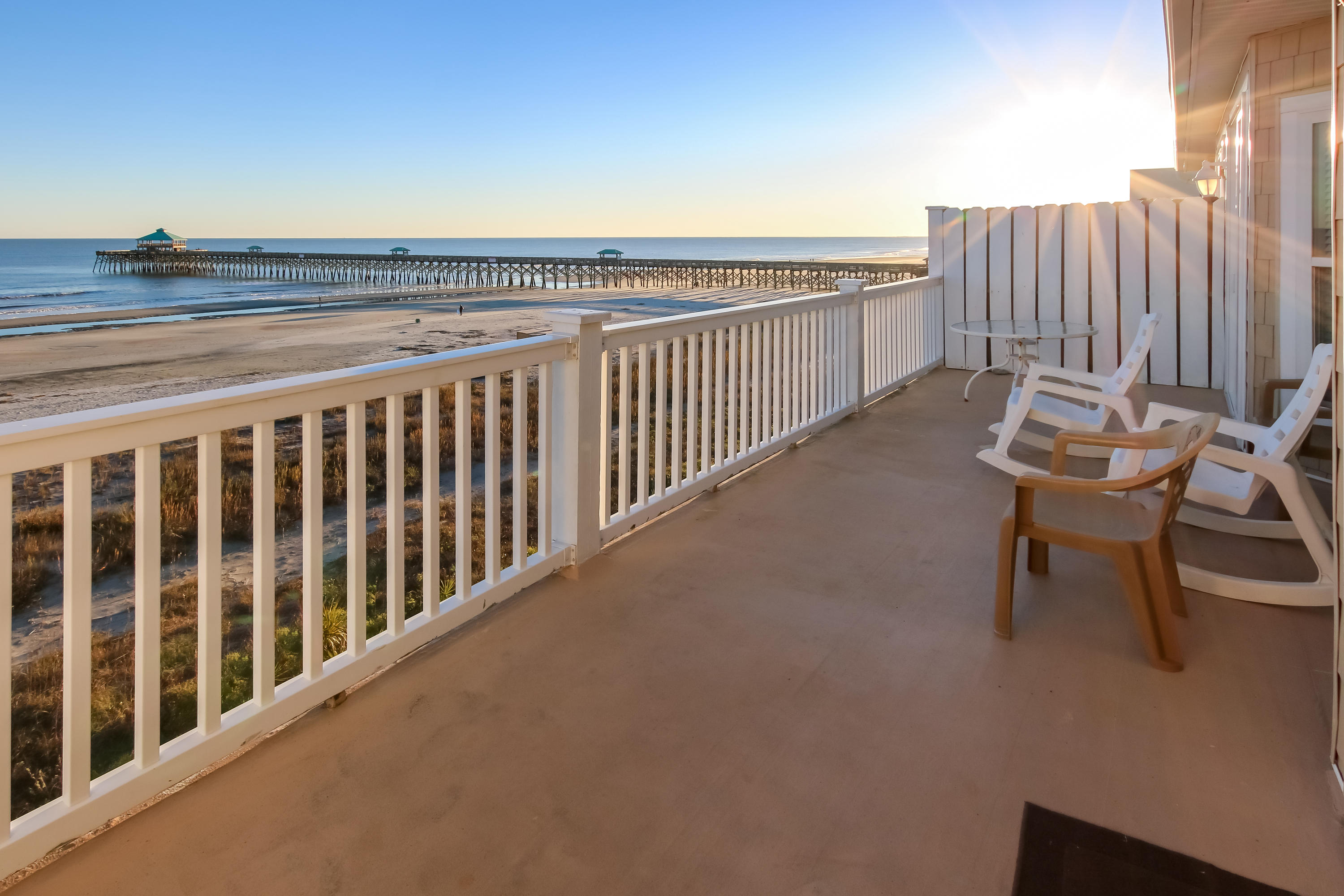 117 E Arctic Folly Beach, SC 29439