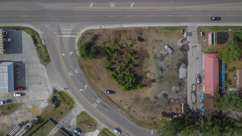 1070 S Live Oak Drive Moncks Corner, SC 29461