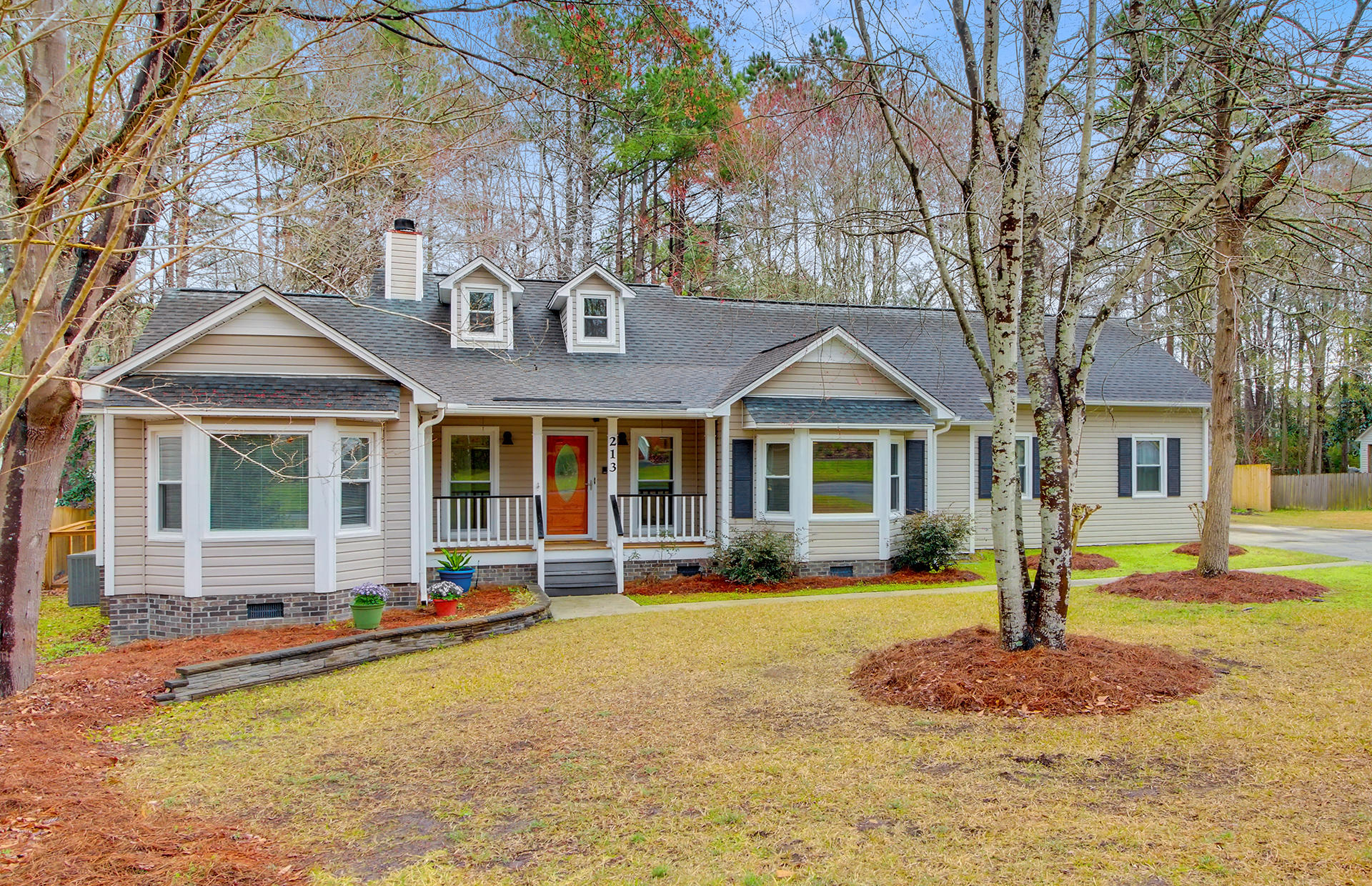 213 Factors Walk Summerville, SC 29485