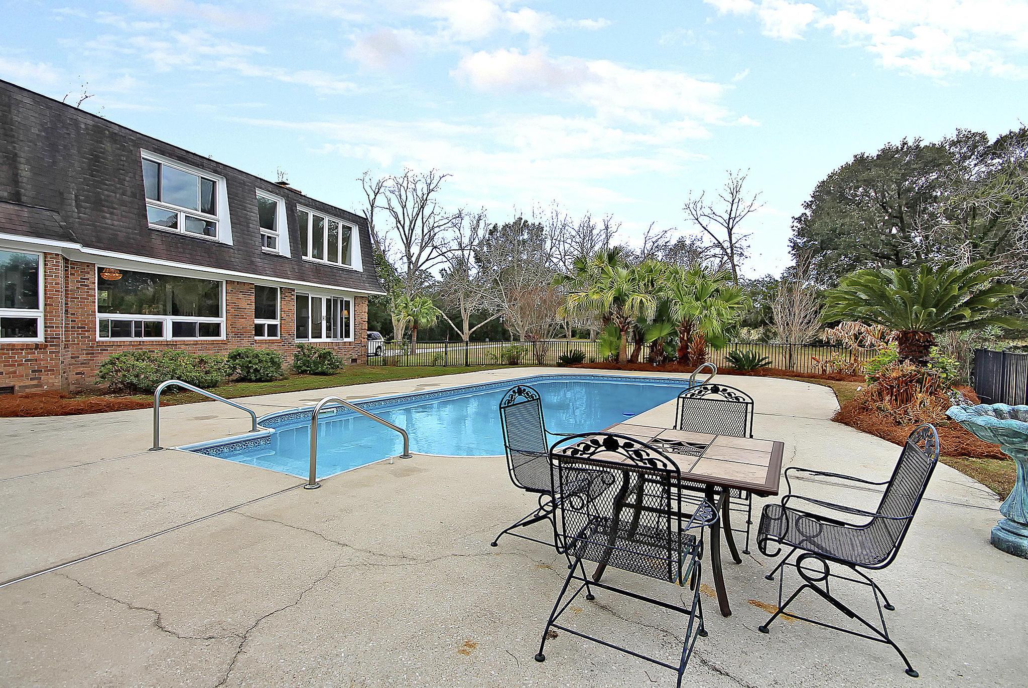 Lawton Bluff Homes For Sale - 608 Shore, Charleston, SC - 25