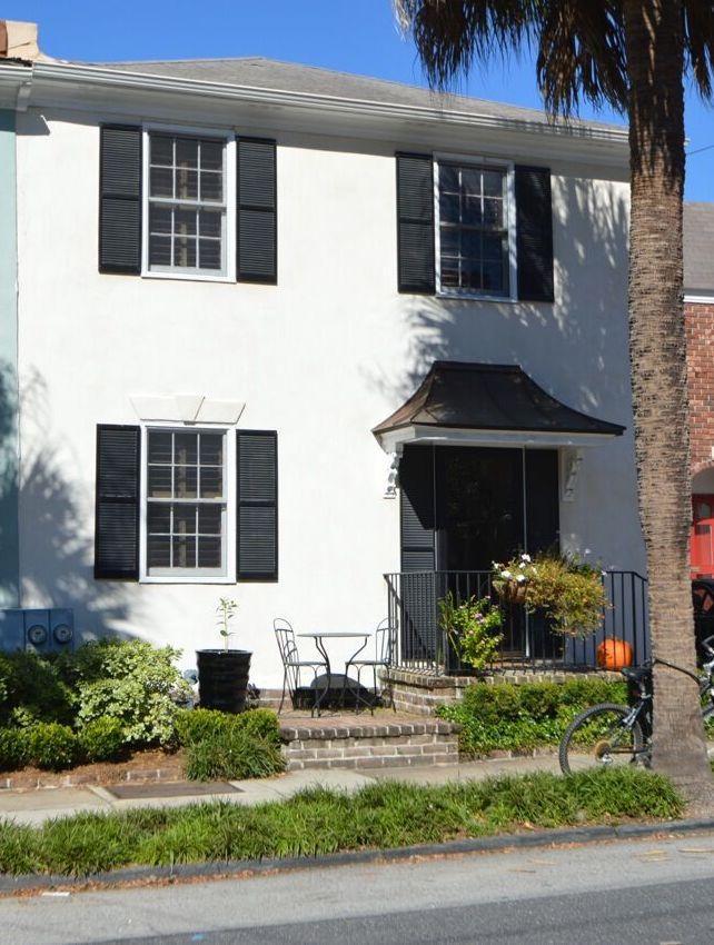 166 1/2 Queen Street Charleston, SC 29401