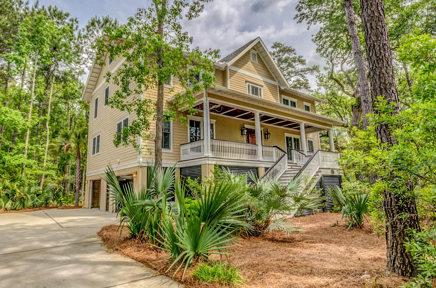 710 Bounty Square Drive Charleston, SC 29492