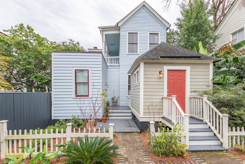 82 Spring Street Charleston, SC 29403