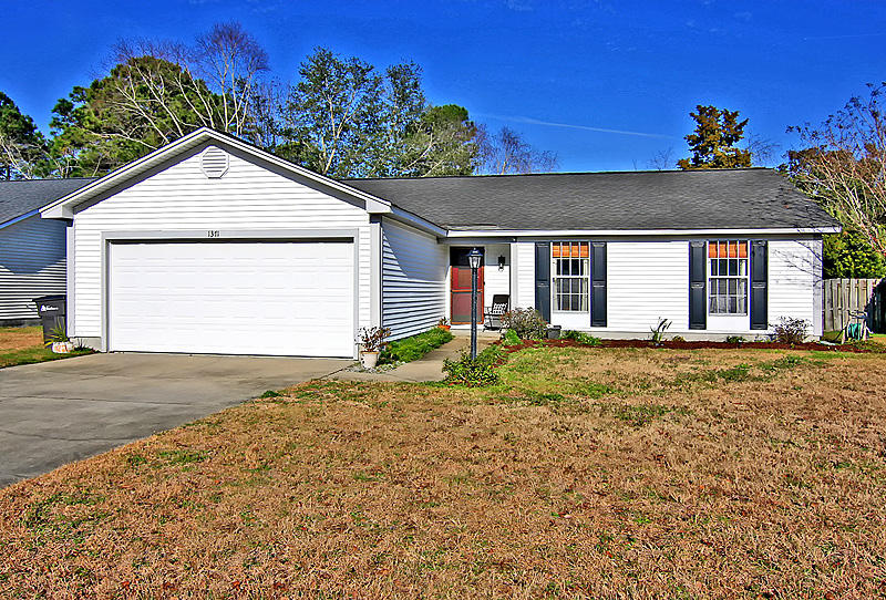 1371 Downsberry Drive Mount Pleasant, SC 29466