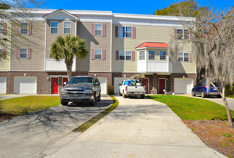 4638 N Palm View Circle North Charleston, SC 29418