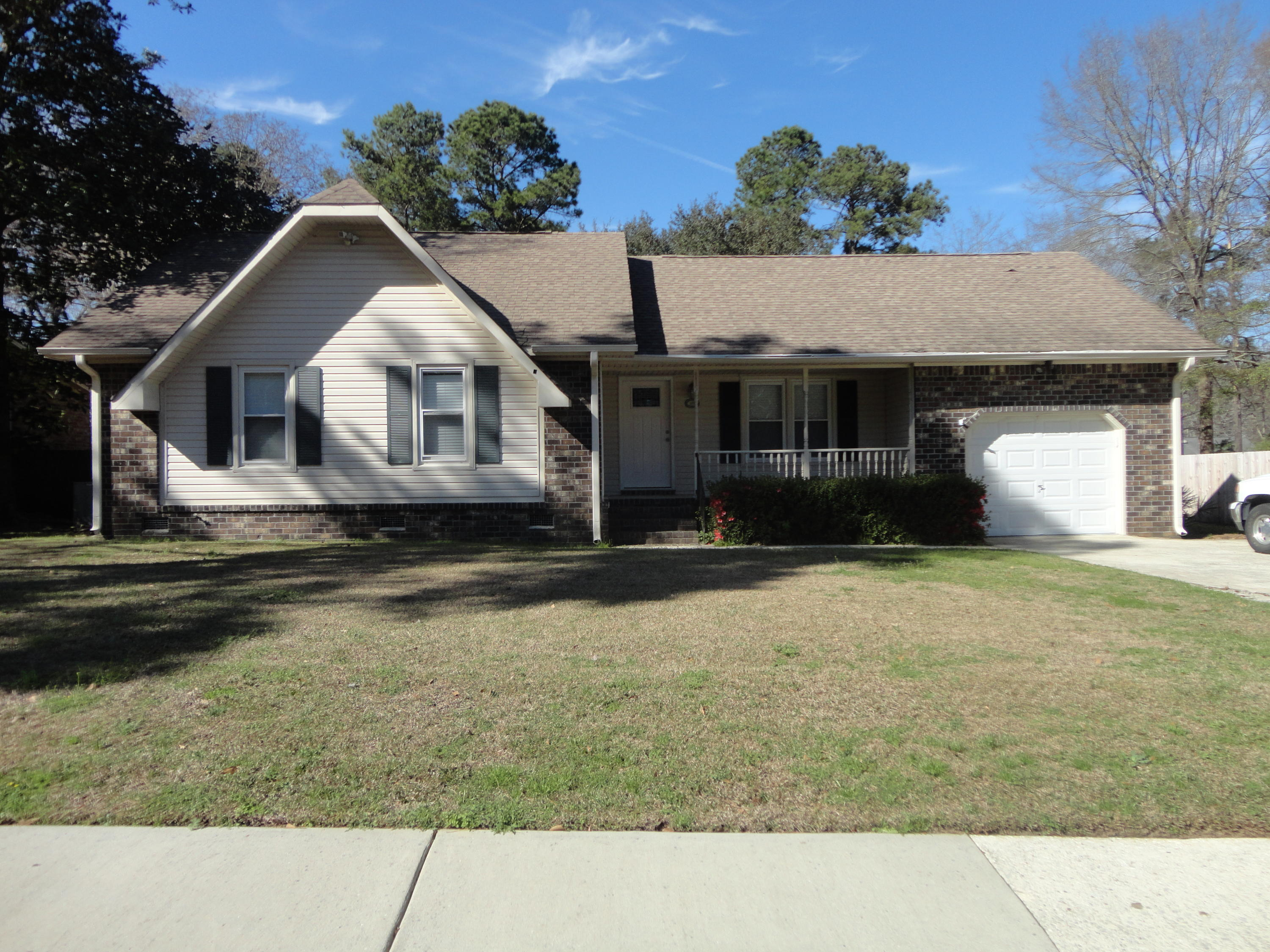 115 Cherry Hill Avenue Goose Creek, SC 29445