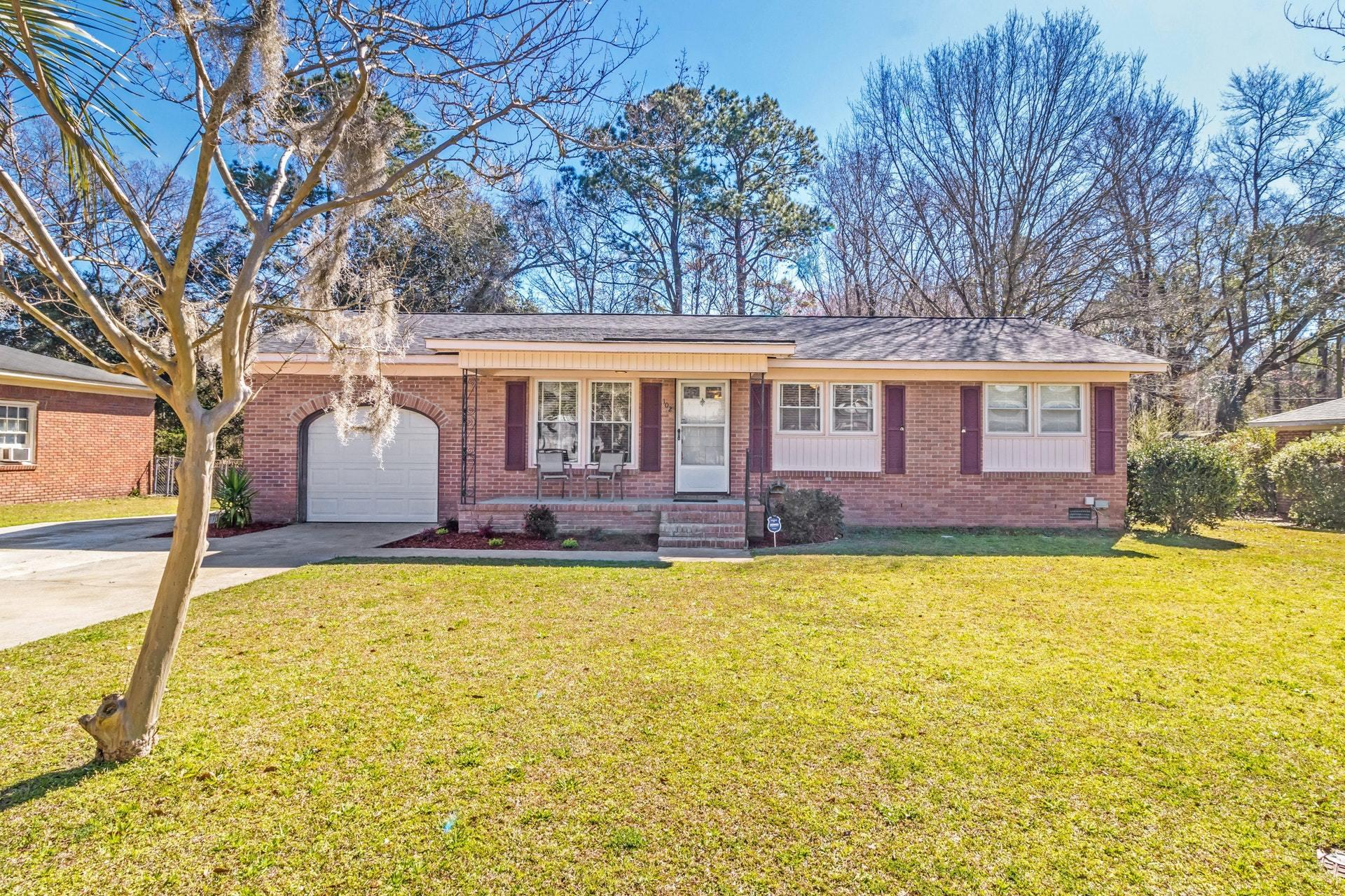 102 Blackwell Avenue Summerville, SC 29485