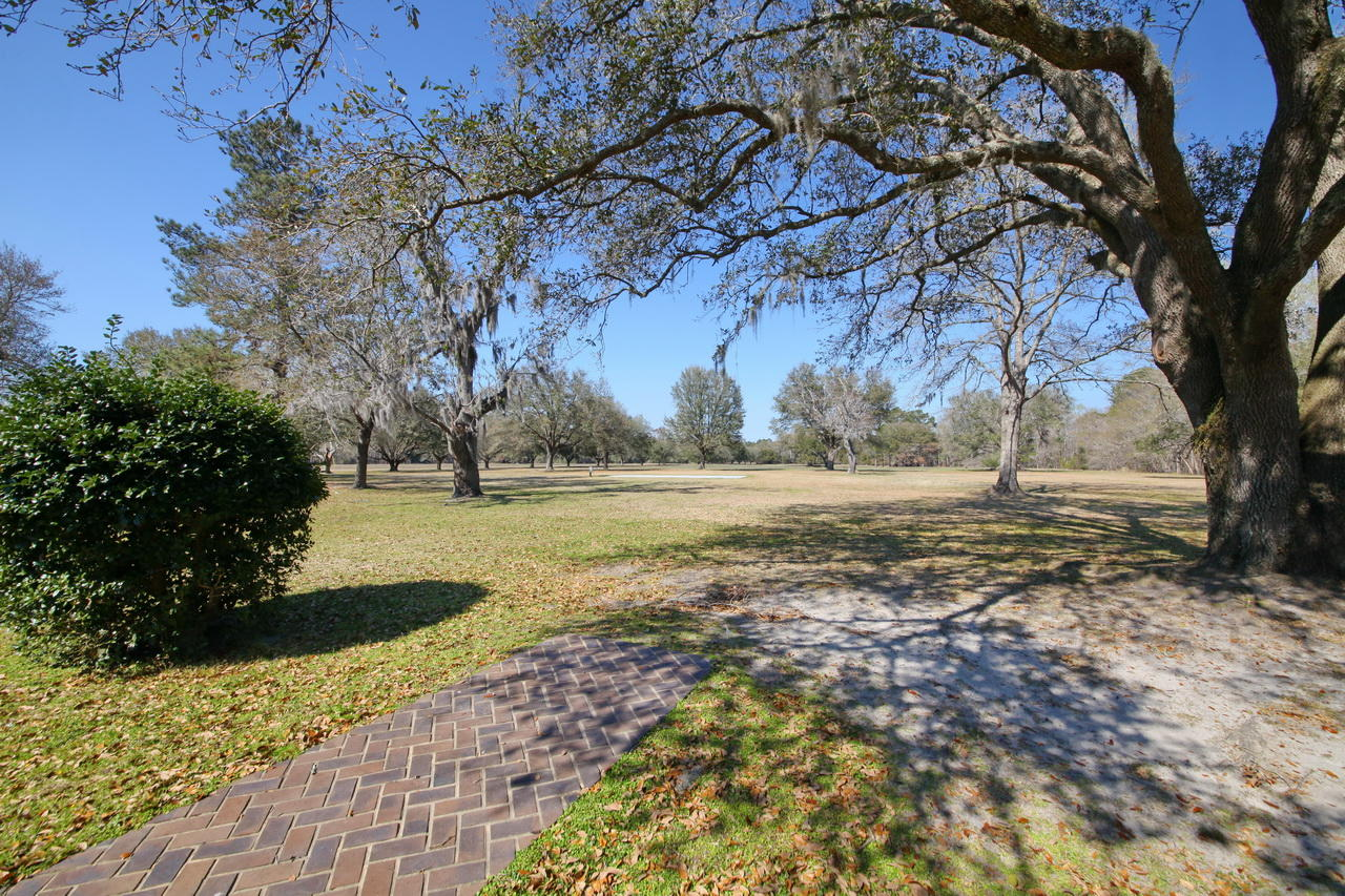 1 Holly Grove Road Georgetown, SC 29440