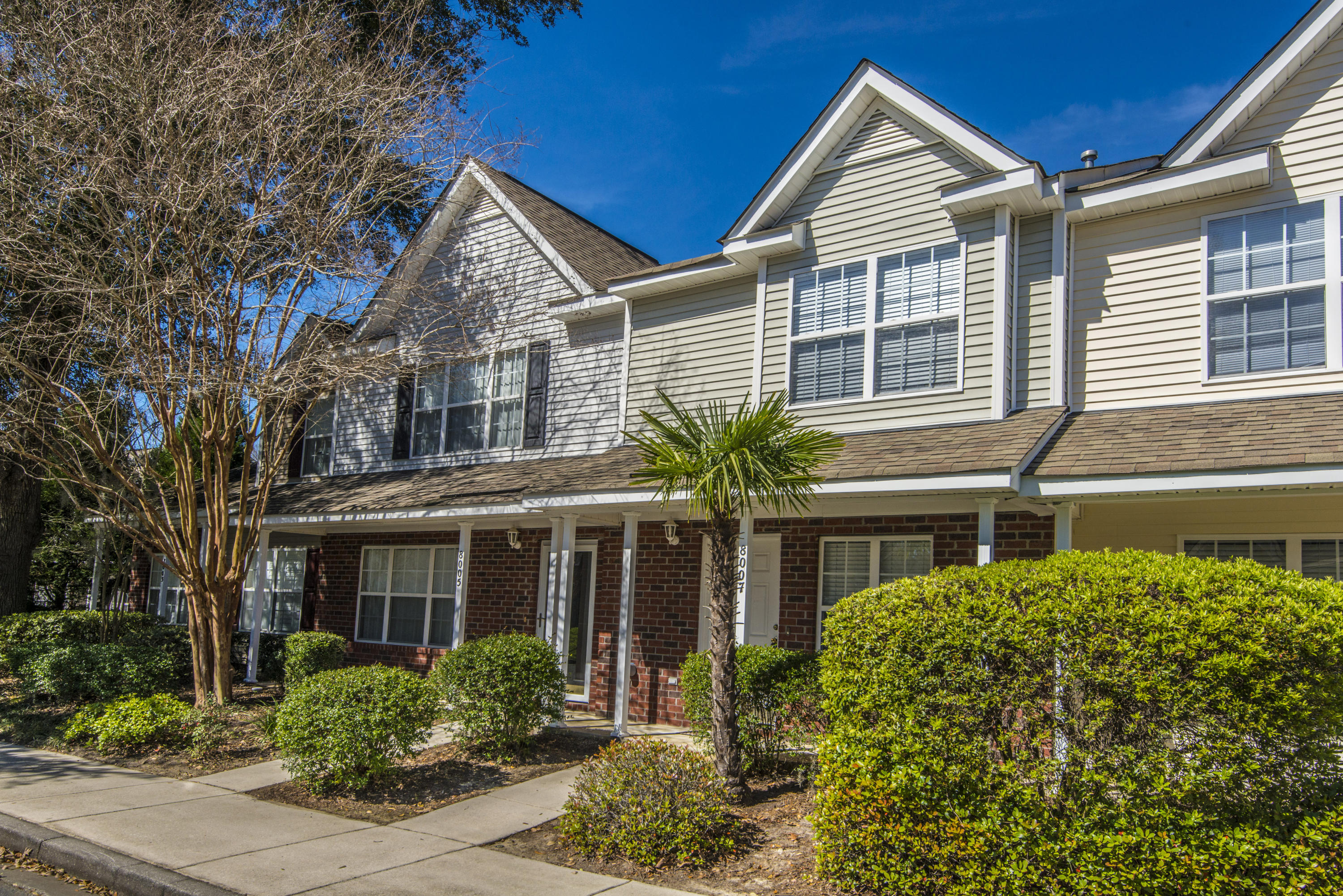 8007 Shadow Oak Drive North Charleston, SC 29406