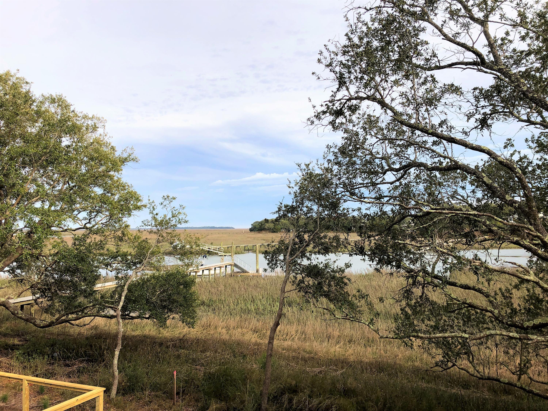 Seaside Plantation Homes For Sale - 1479 Eutaw Battalion, Charleston, SC - 16