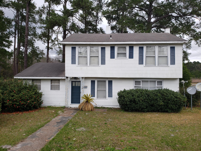 407 E Elm Street Hampton, SC 29924