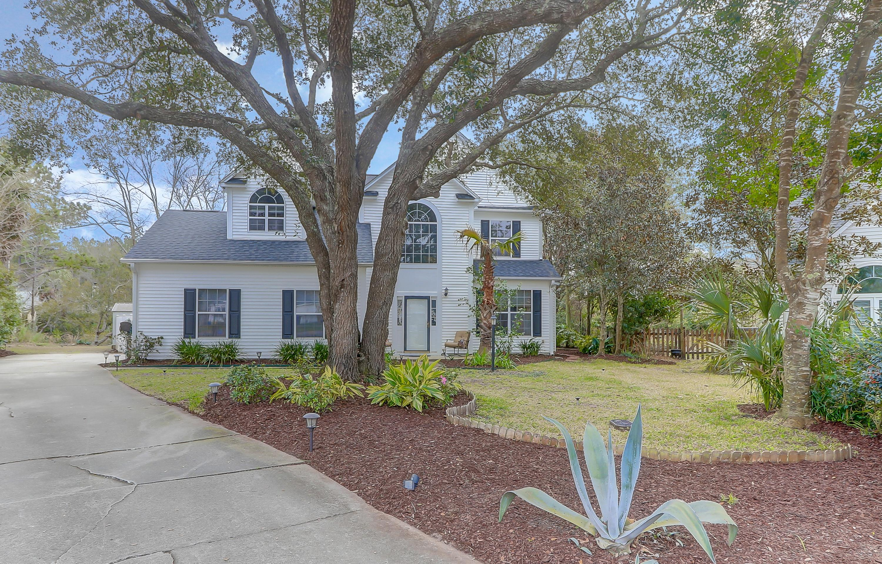 1321 Battery Hill Court Mount Pleasant, SC 29466